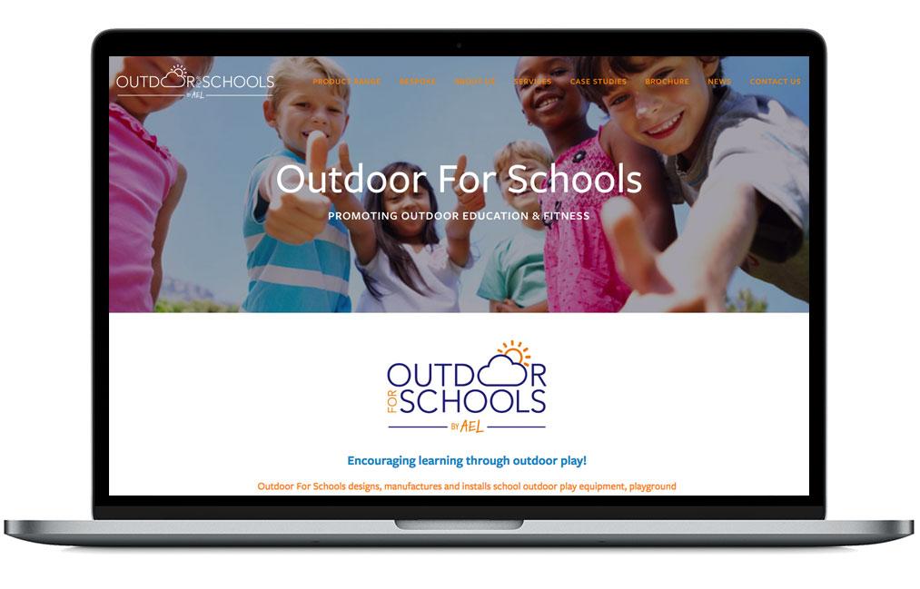 OutdoorLaptop.jpg