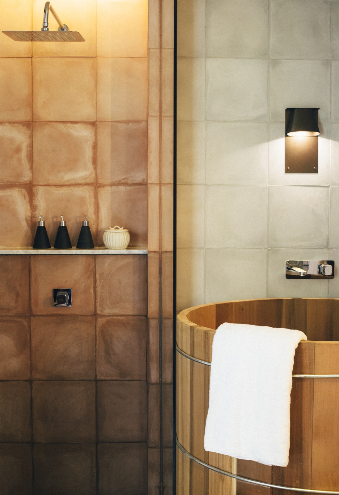 Garden Suite Bathtub