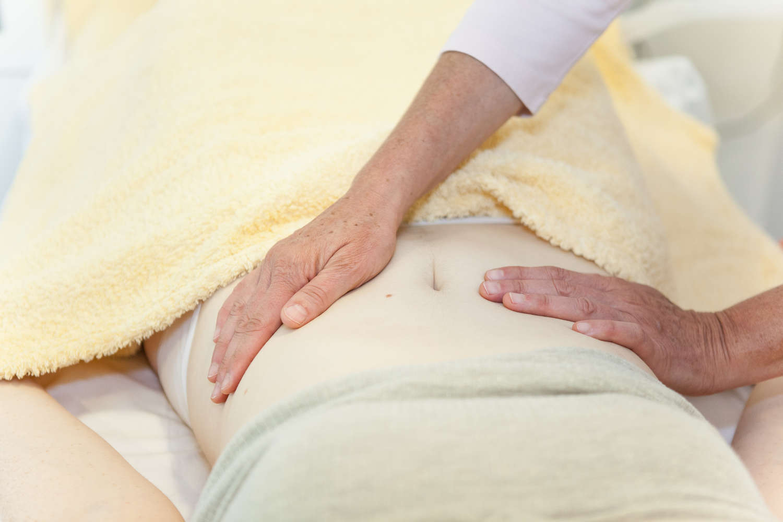 Organmassage  ist ein auf der traditionellen 5-Elementen-Lehre beruhende Körperarbeit.