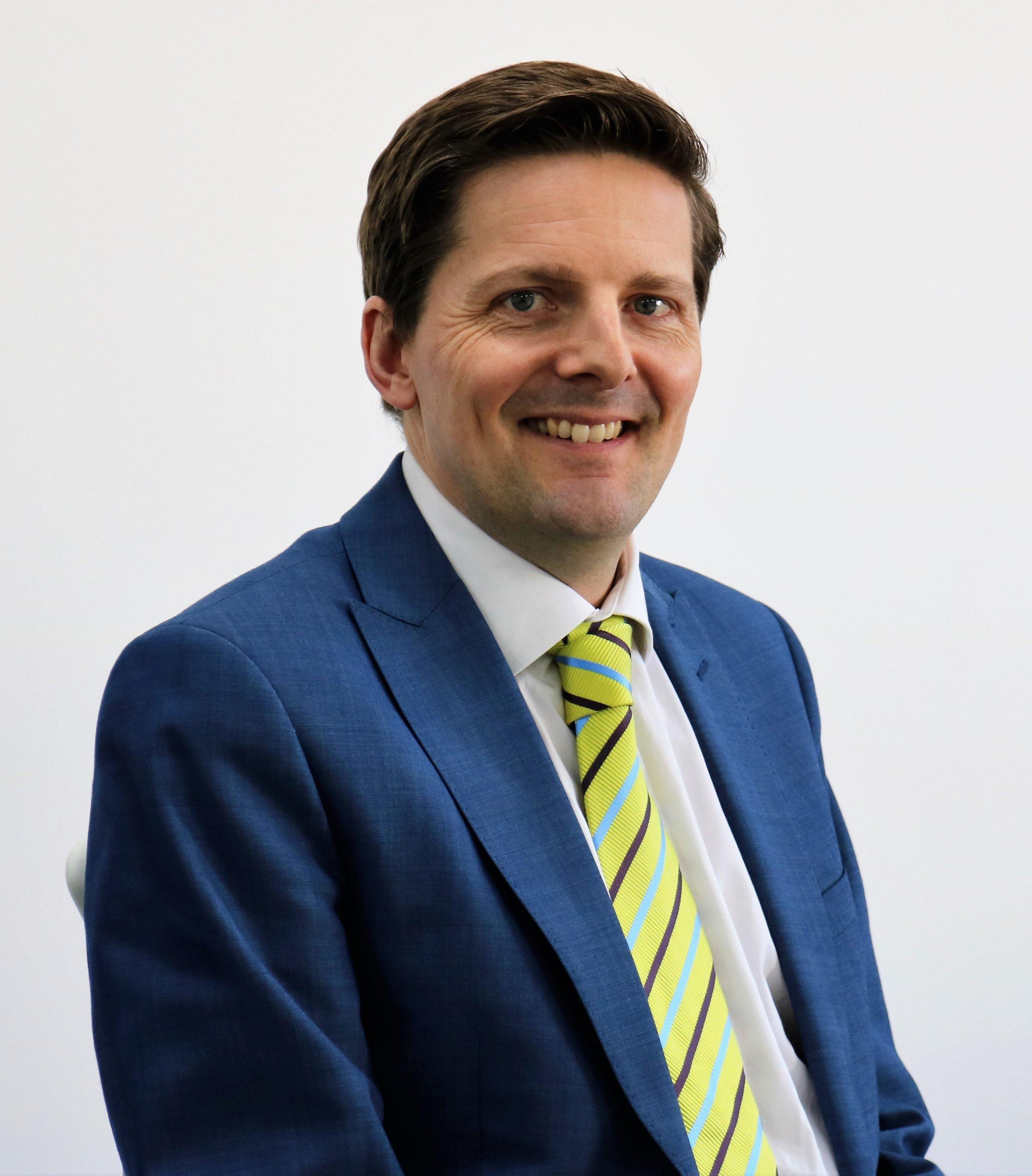 Advocate Andrew Pinel, Partner