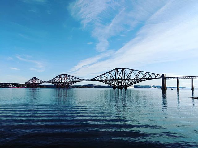 Lovely morning!  #i♥️southqueensferry #edinburghviews #edinburghskyline #firthofforth