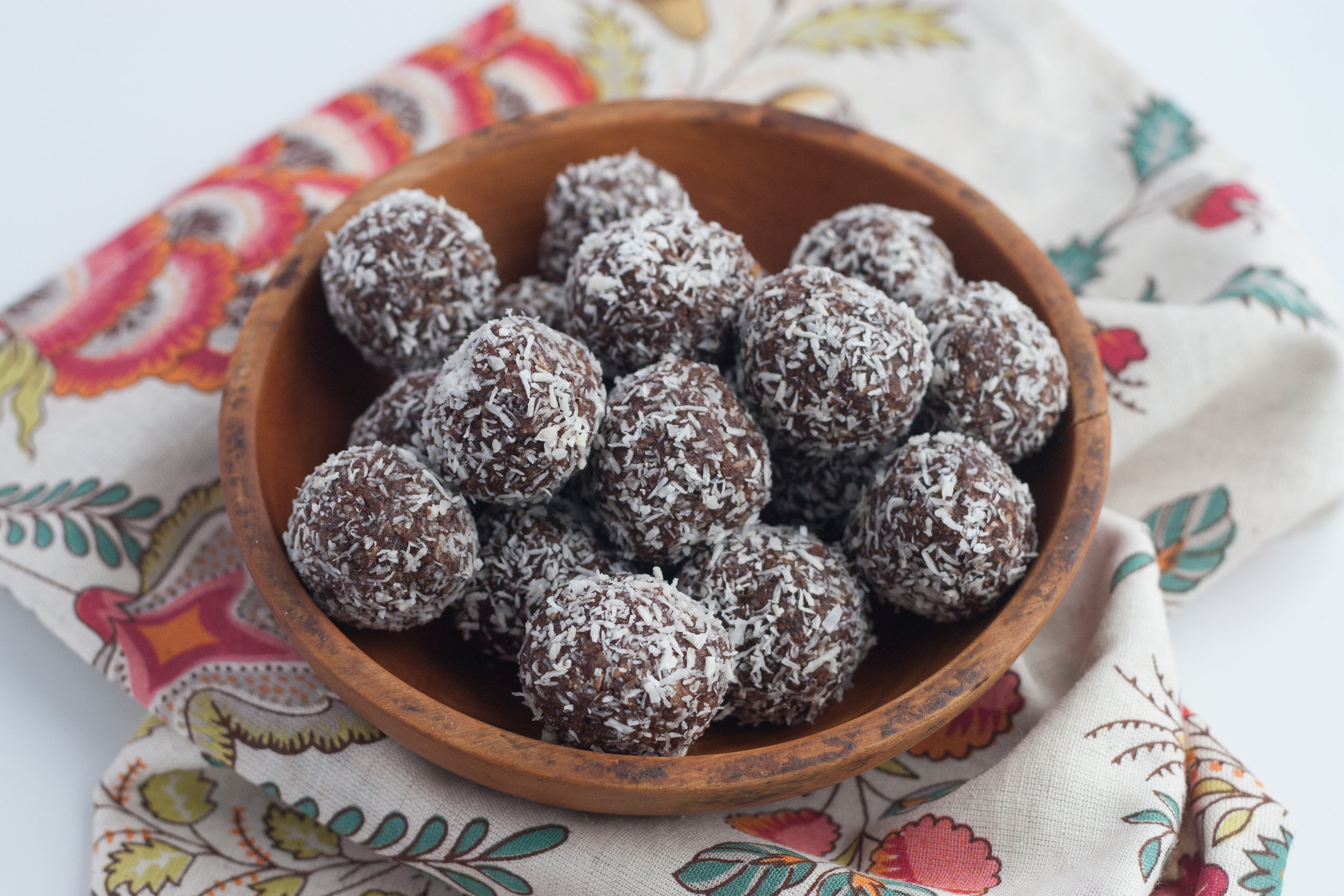 cocoa and coconut energy bites recipe