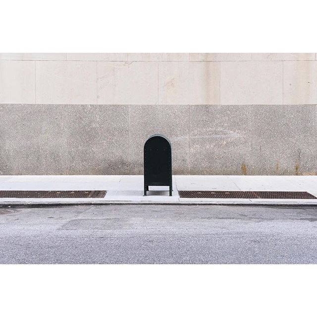 East 24th Street, NY . . . . . #manhattan #ifyouleaveinstagram #oftheafternoon #architecturephotography #abstract #selektormagazine #justifiedmagazine #yetmagazine #archilovers #ourmag #exploration #rentalmag #paperjournalmag #subjectivelyobjective #paradisexmagazine #hurtlamb #nikon #gominimalmag #minimalzine #weltraumzine #thespacesilike #urbanscape