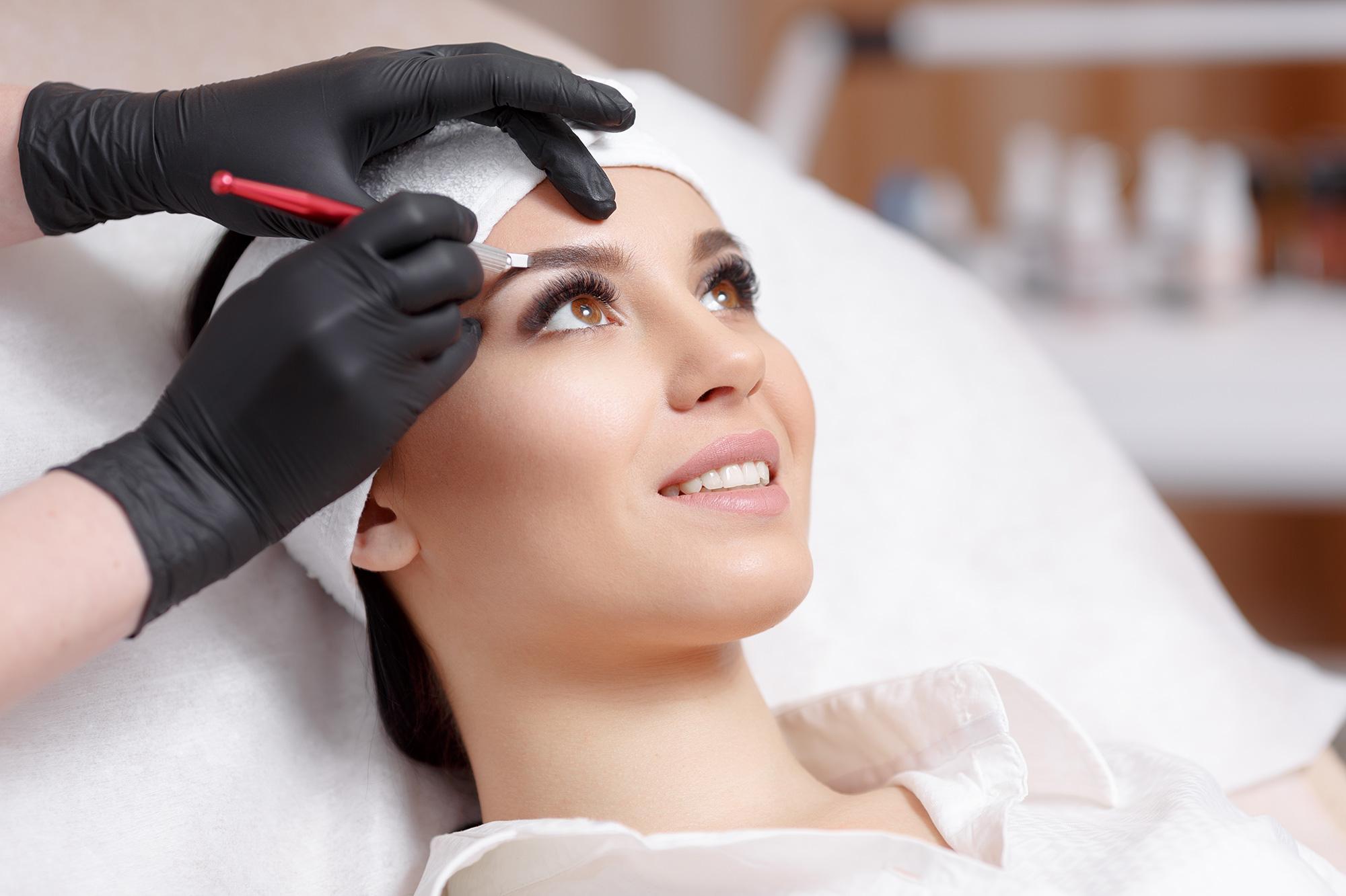 Semi-permanent brows