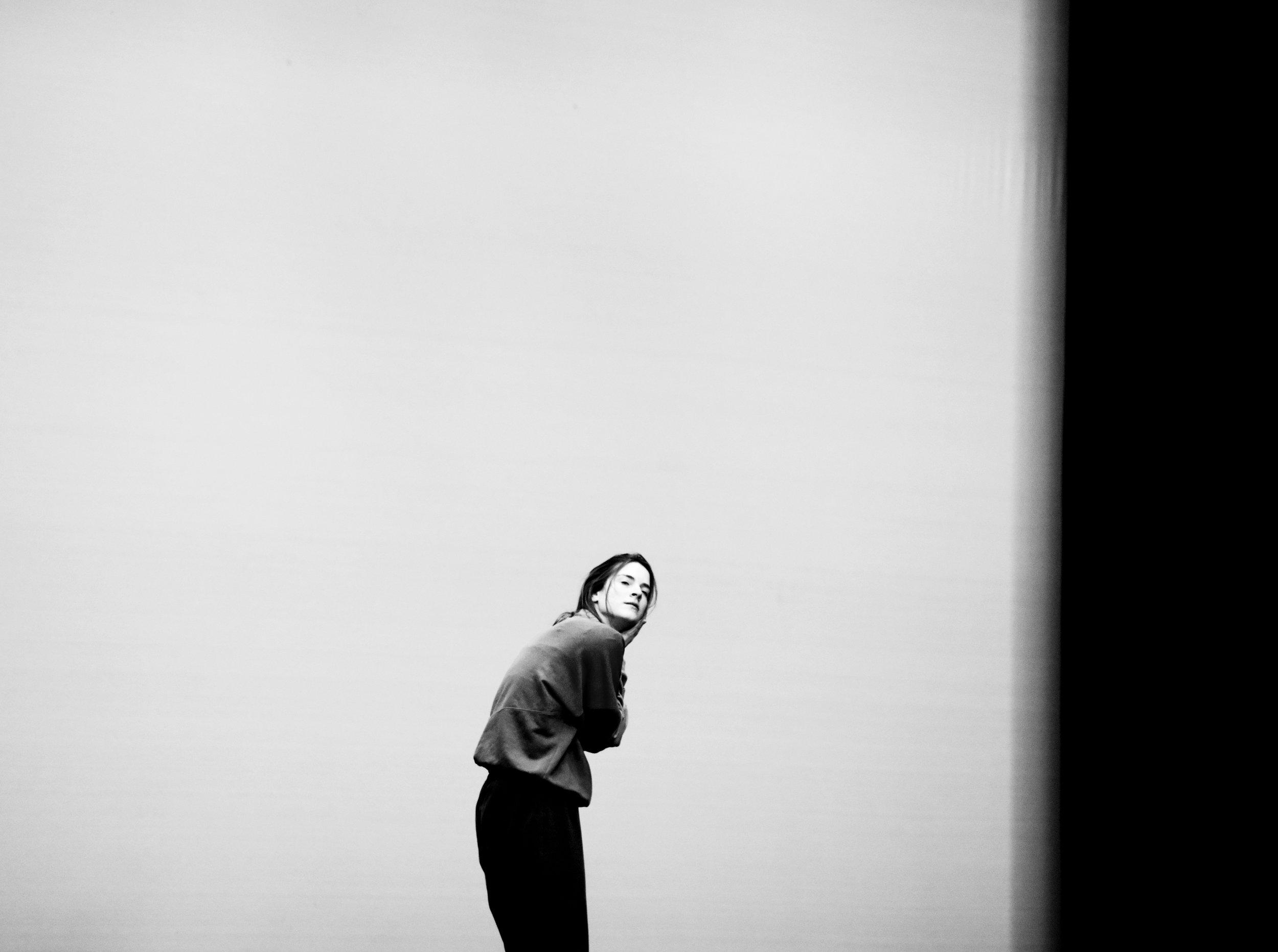 Flora Wellesley Wesley in rehearsal, 2015. Photo Camilla Greenwell.