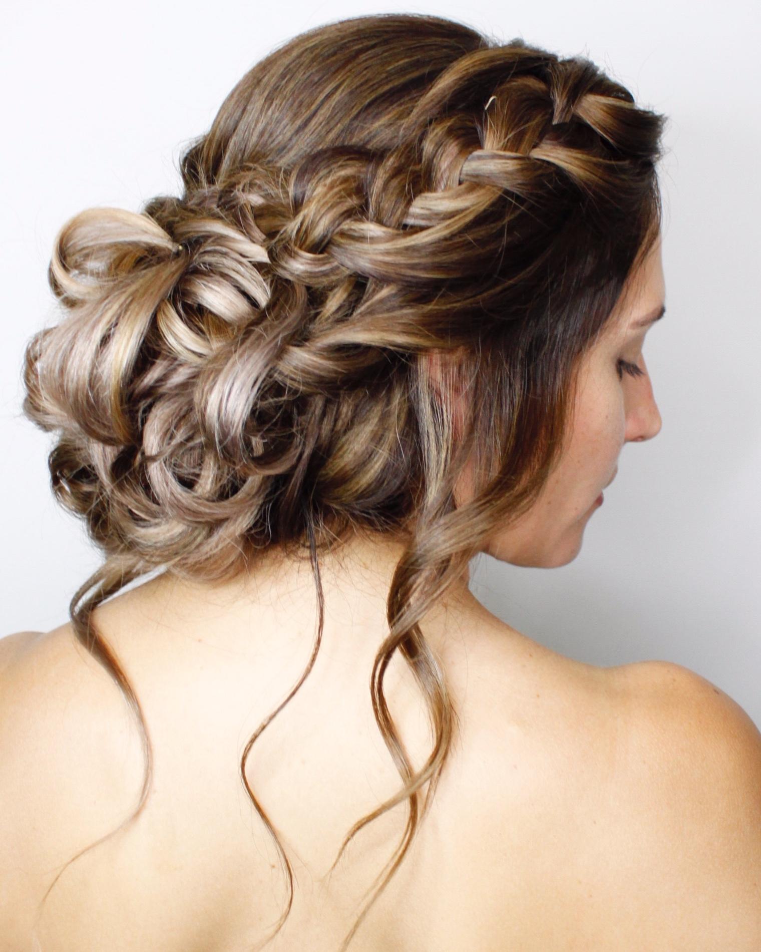 Hair+of+the+Week+Bridal+Updo+Cropped.jpg