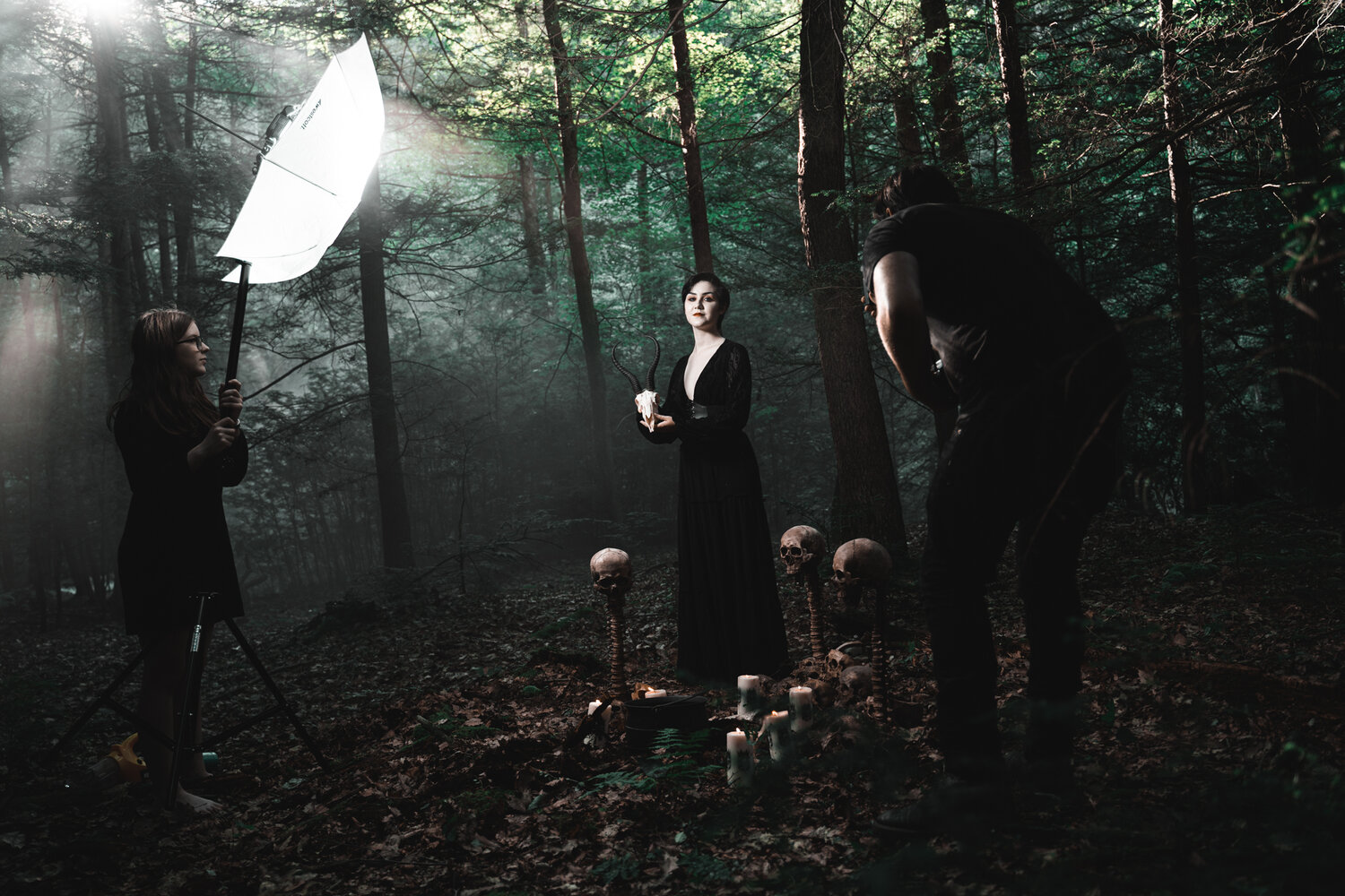 Behind the Scenes with the lighting used to create the image of Hayley on the portfolio page.