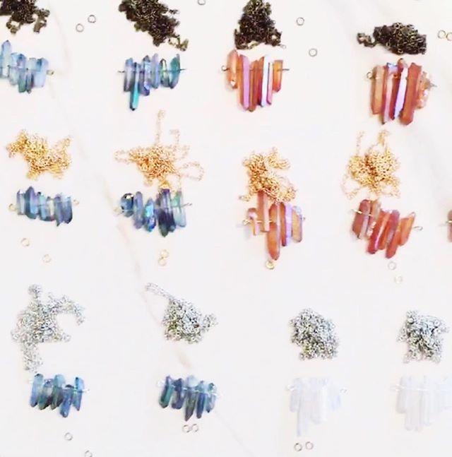mini-quartz bar re-stock comin' atchaaaaa😈✨ • • • • #hammeredbrass #shoplocal #shopsmall #shopgal #etsydallas #makersmovement #dallastx #mala #shopsmall #quartz #gypsy #hippie #shopsmall #festivalwear #freepeople #urban #boho #bohemian #boutique #fpme #ootd #chakra #dallastx #dallasblogger #handmade #littledmarkets #bishoparts #shopetsy #tassel #summernails