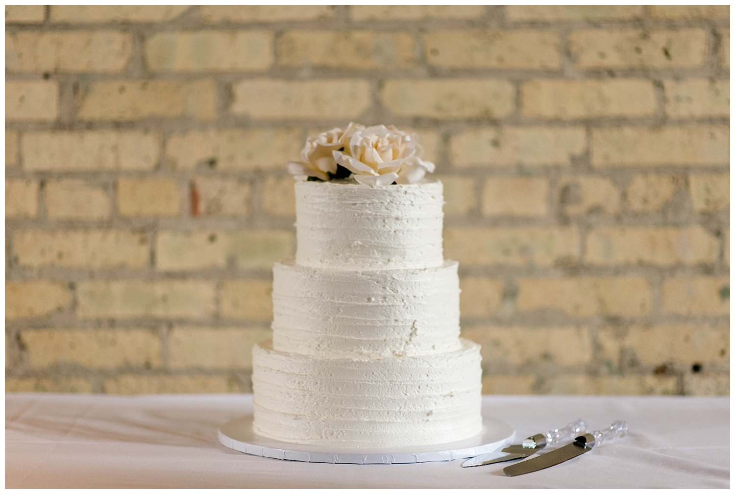 Weddings_by_Raisa_Photography_Saint_Mary_Magdalen_New_Vintage_Grand_Rapids_Michigan_Wedding_Photographer_0109.jpg