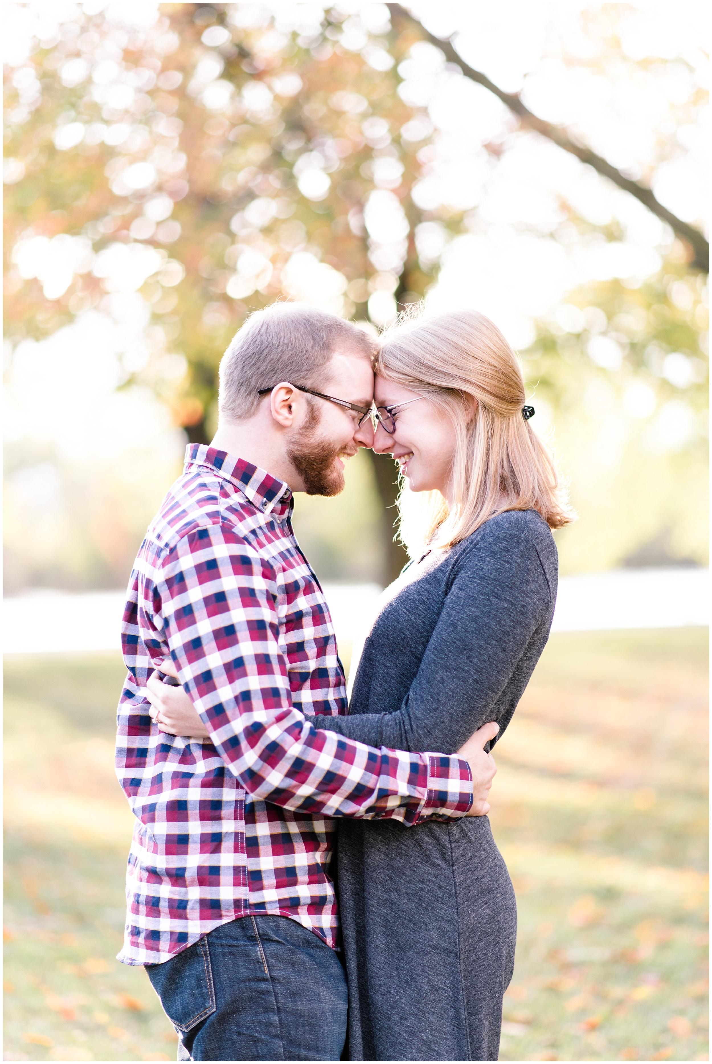 Weddings_by_Raisa_Photography_Grand_Rapids_October_Fall_Engagement_Milwaukee_Wisconsin_Photographer_0004.jpg