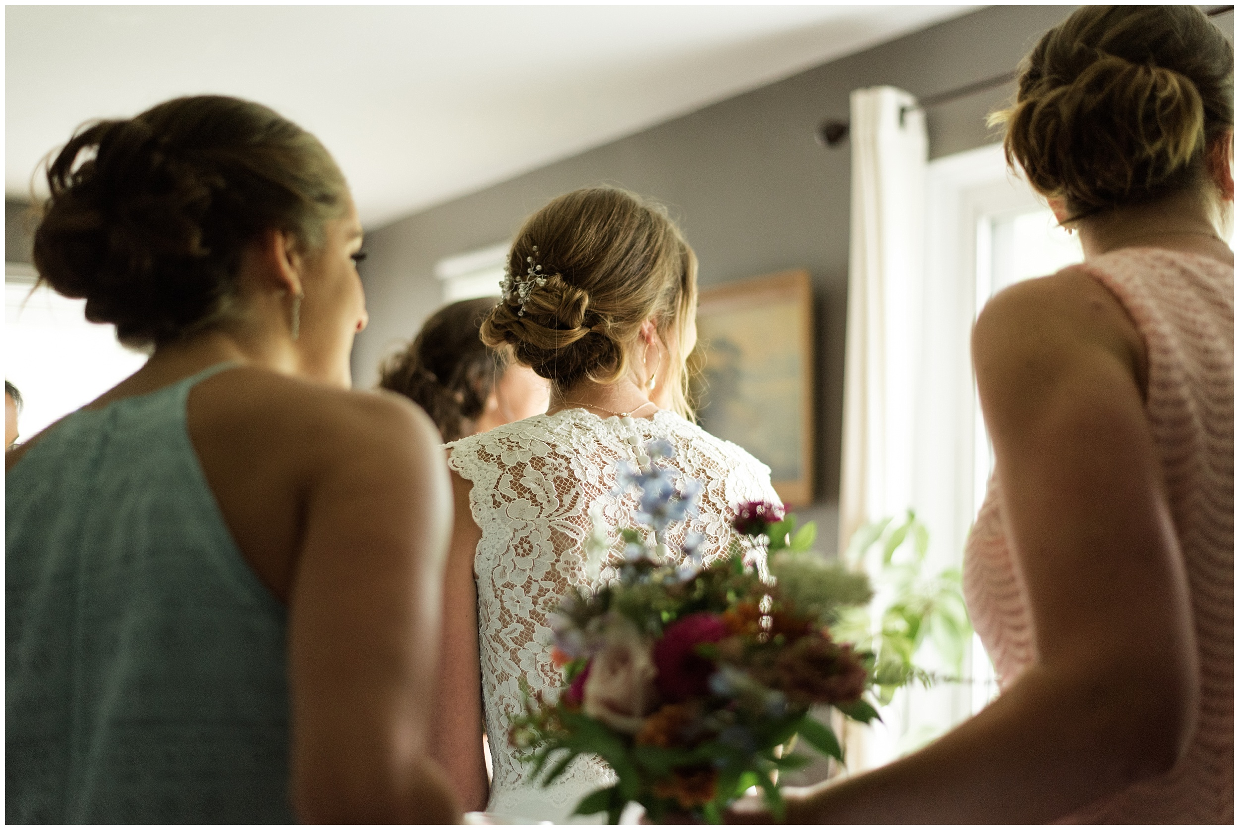 Whimsical-Ethereal-July-Kalamazoo-Wedding-Bright-Airy-Documentary-Milwaukee-Photographer_0026.jpg