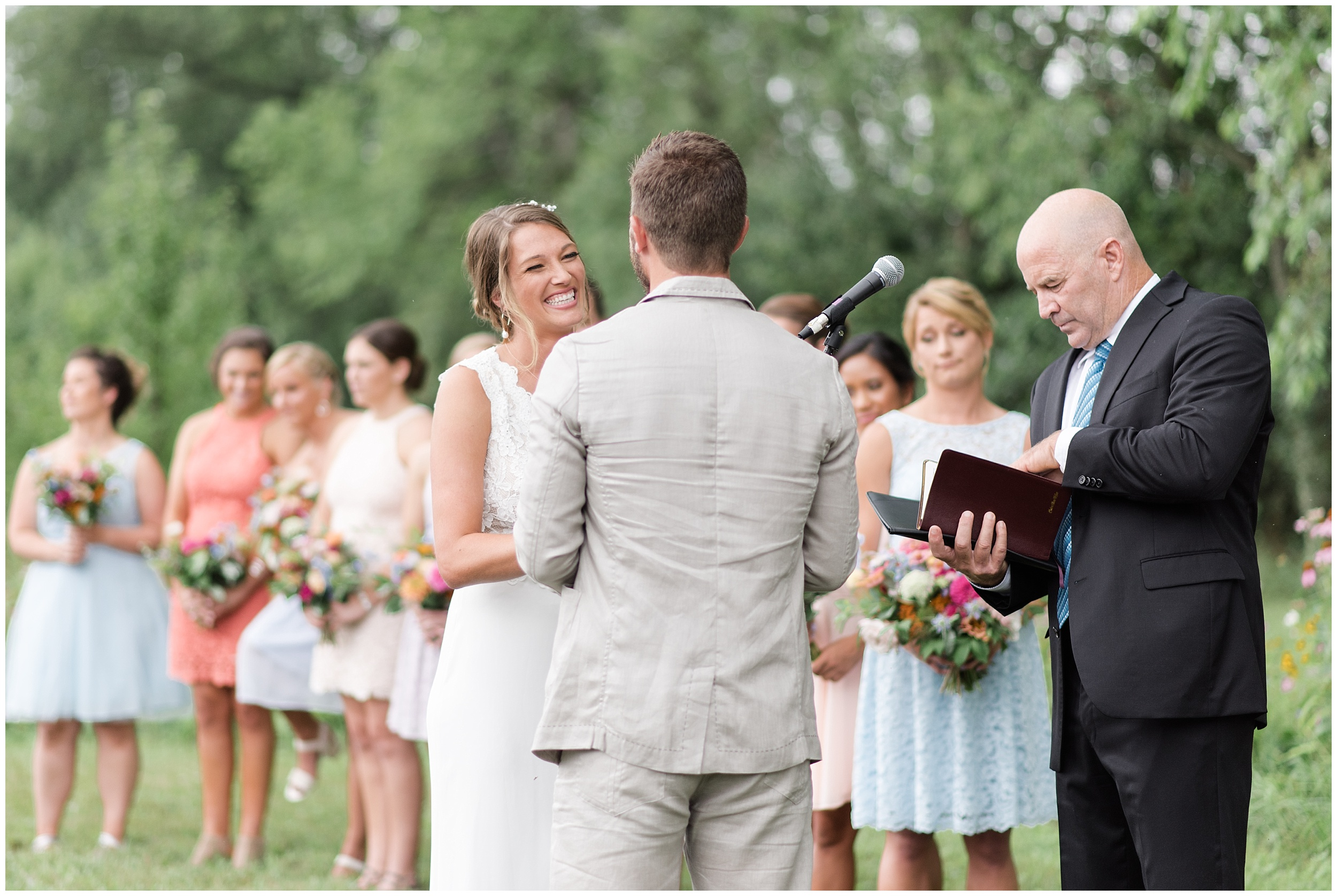 Whimsical-Ethereal-July-Kalamazoo-Wedding-Bright-Airy-Documentary-Milwaukee-Photographer_0035.jpg
