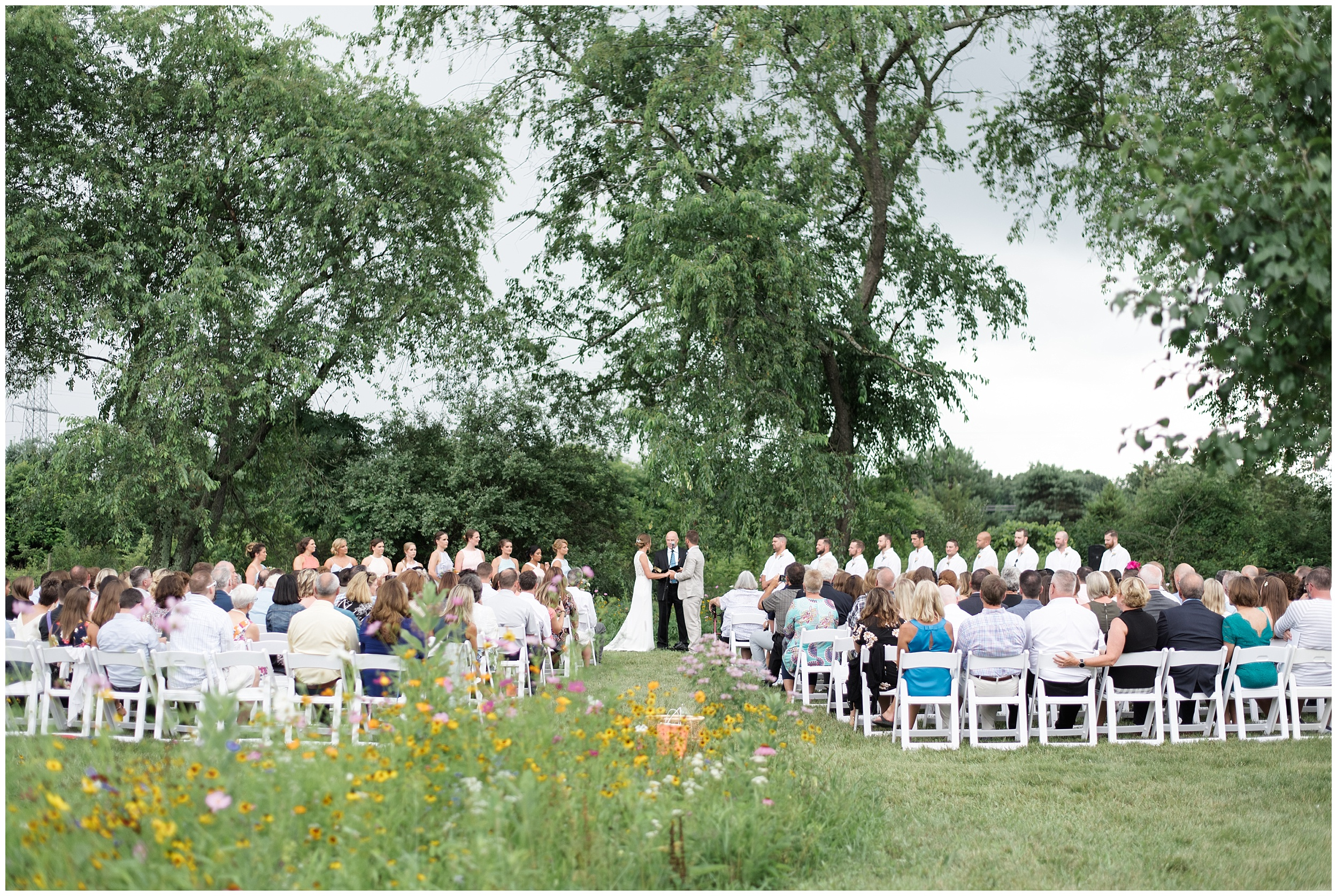 Whimsical-Ethereal-July-Kalamazoo-Wedding-Bright-Airy-Documentary-Milwaukee-Photographer_0034.jpg