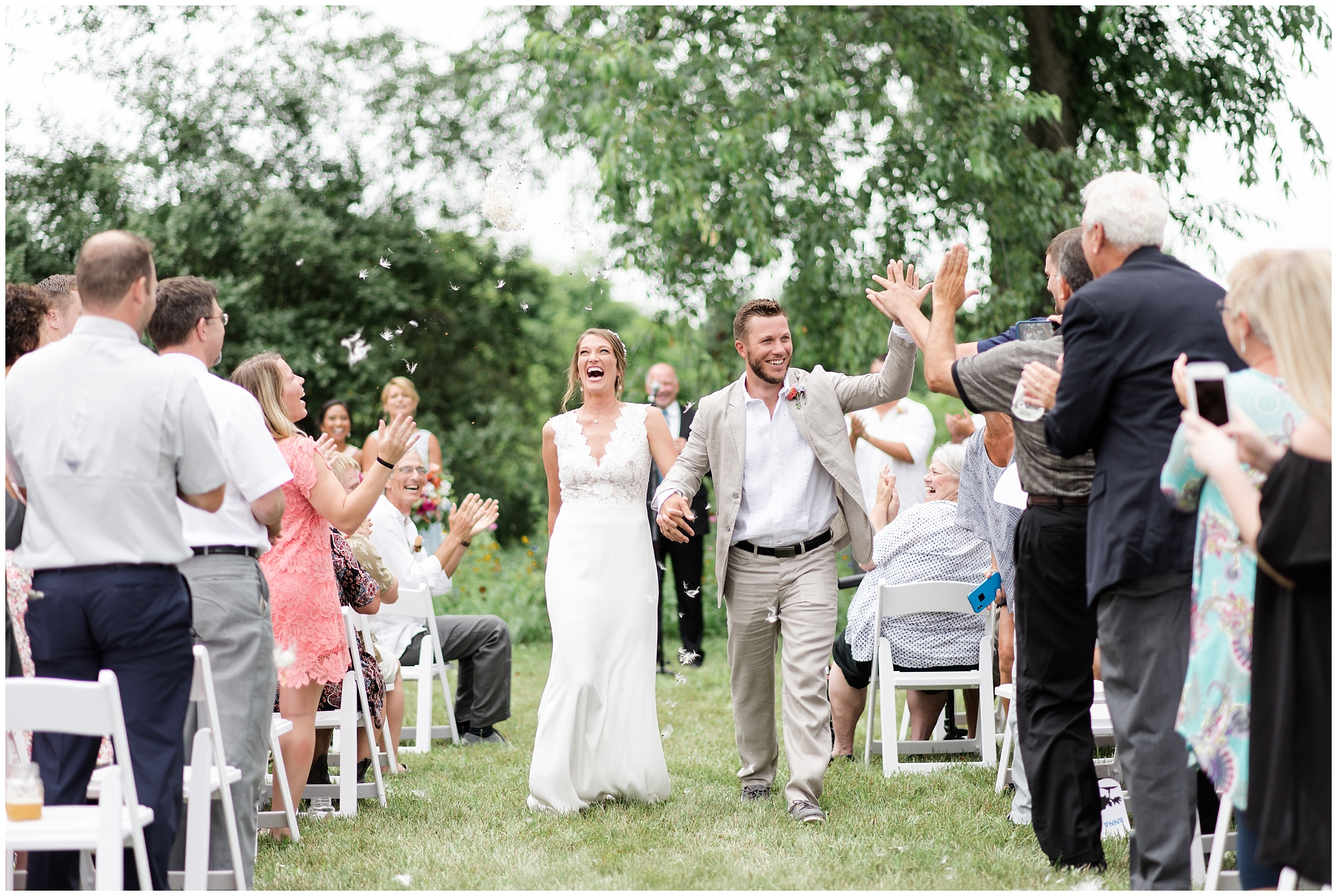 Whimsical-Ethereal-July-Kalamazoo-Wedding-Bright-Airy-Documentary-Milwaukee-Photographer_0042.jpg