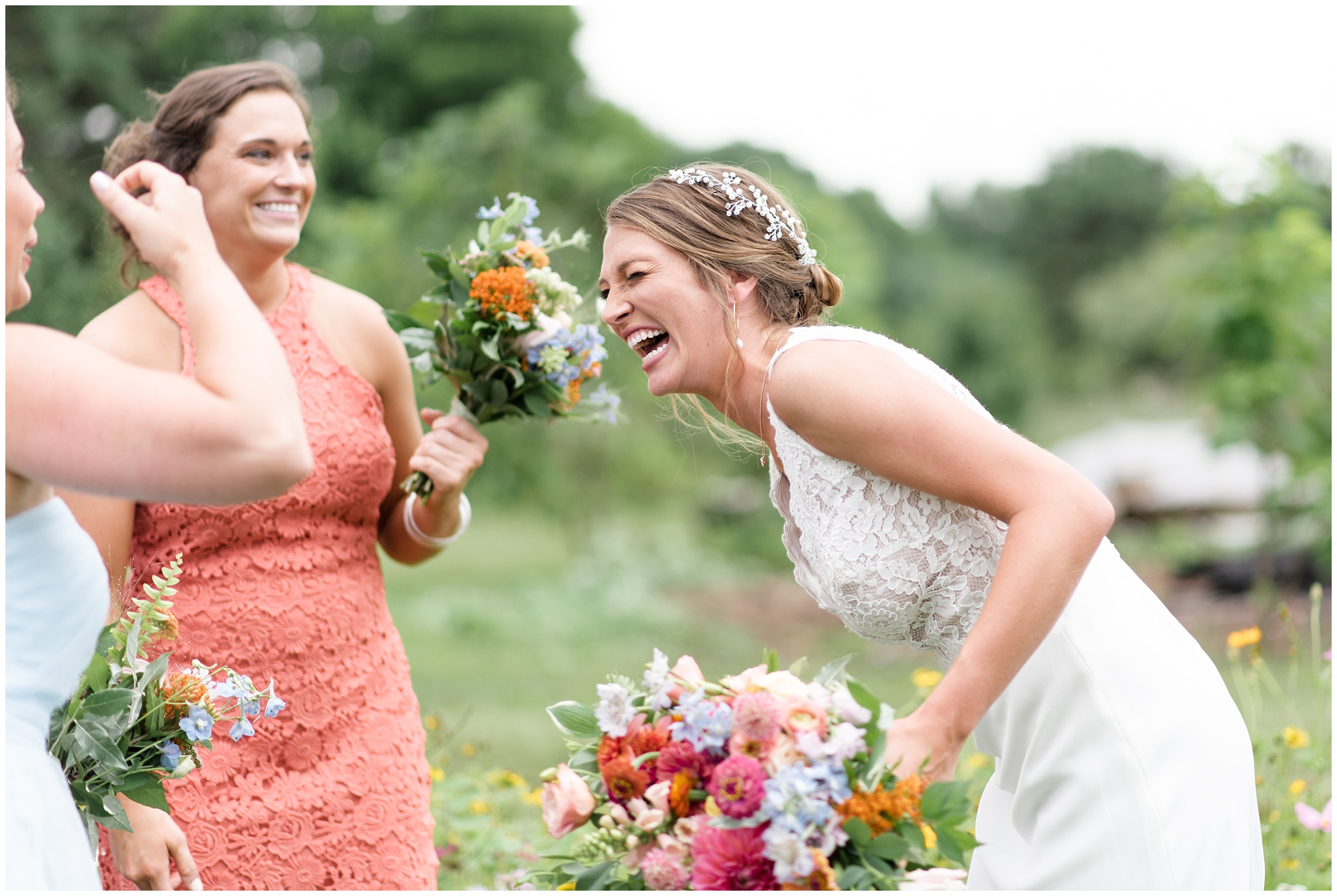 Whimsical-Ethereal-July-Kalamazoo-Wedding-Bright-Airy-Documentary-Milwaukee-Photographer_0048.jpg