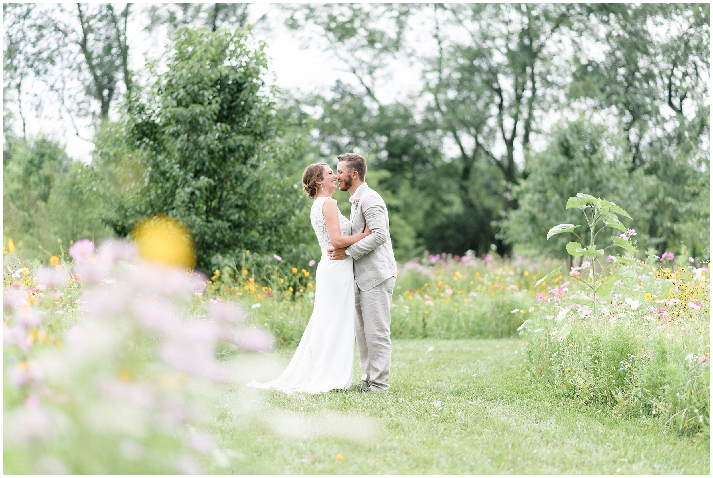 Whimsical-Ethereal-July-Kalamazoo-Wedding-Bright-Airy-Documentary-Milwaukee-Photographer_0068.jpg