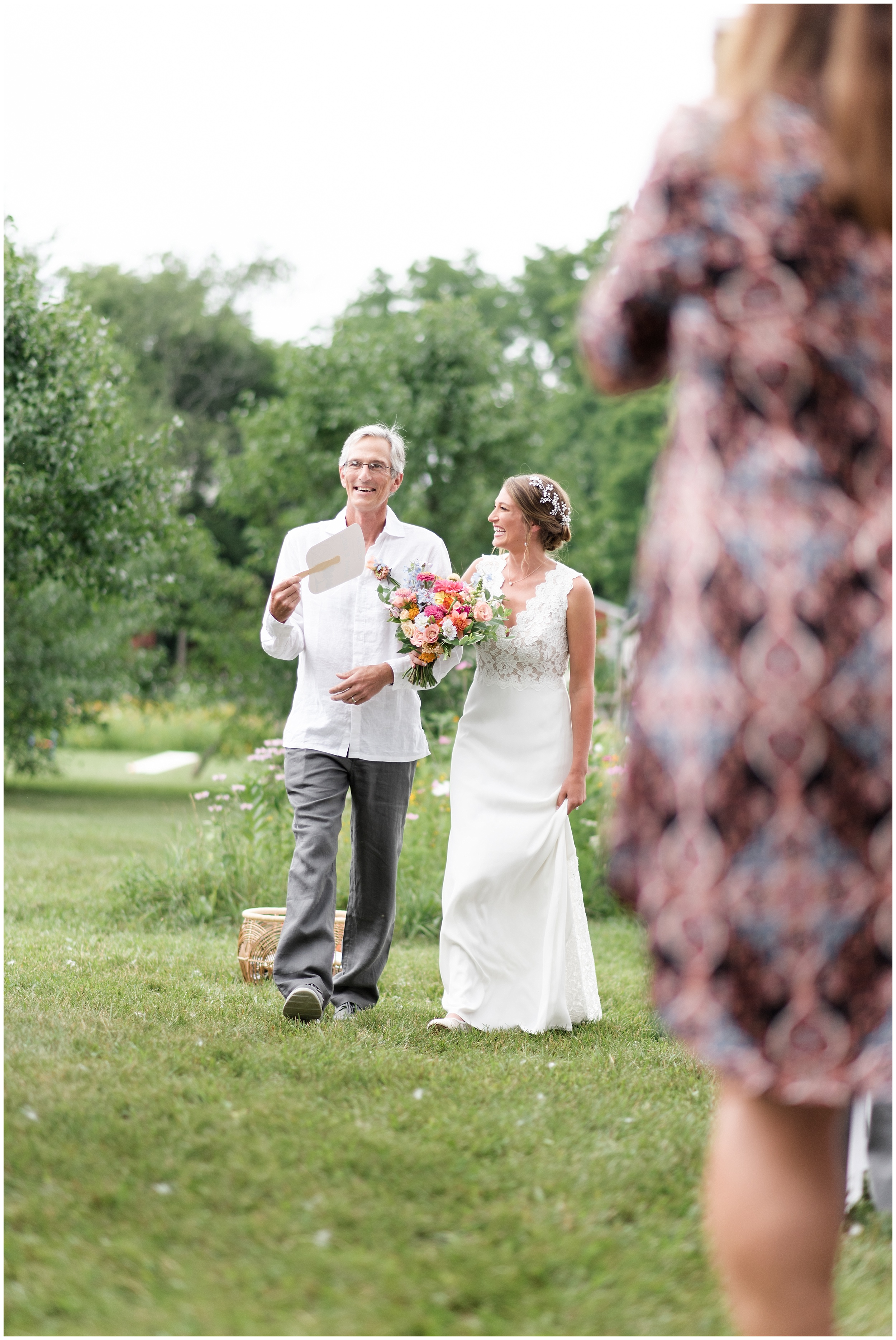 Whimsical-Ethereal-July-Kalamazoo-Wedding-Bright-Airy-Documentary-Milwaukee-Photographer_0106.jpg