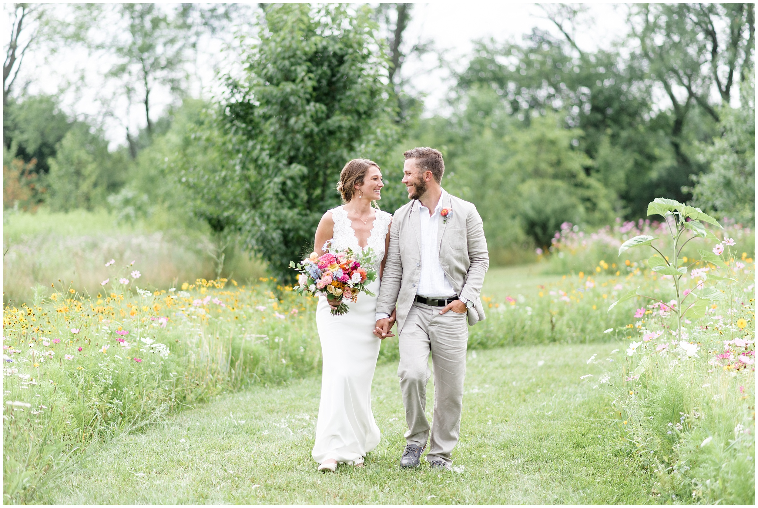 Whimsical-Ethereal-July-Kalamazoo-Wedding-Bright-Airy-Documentary-Milwaukee-Photographer_0074.jpg