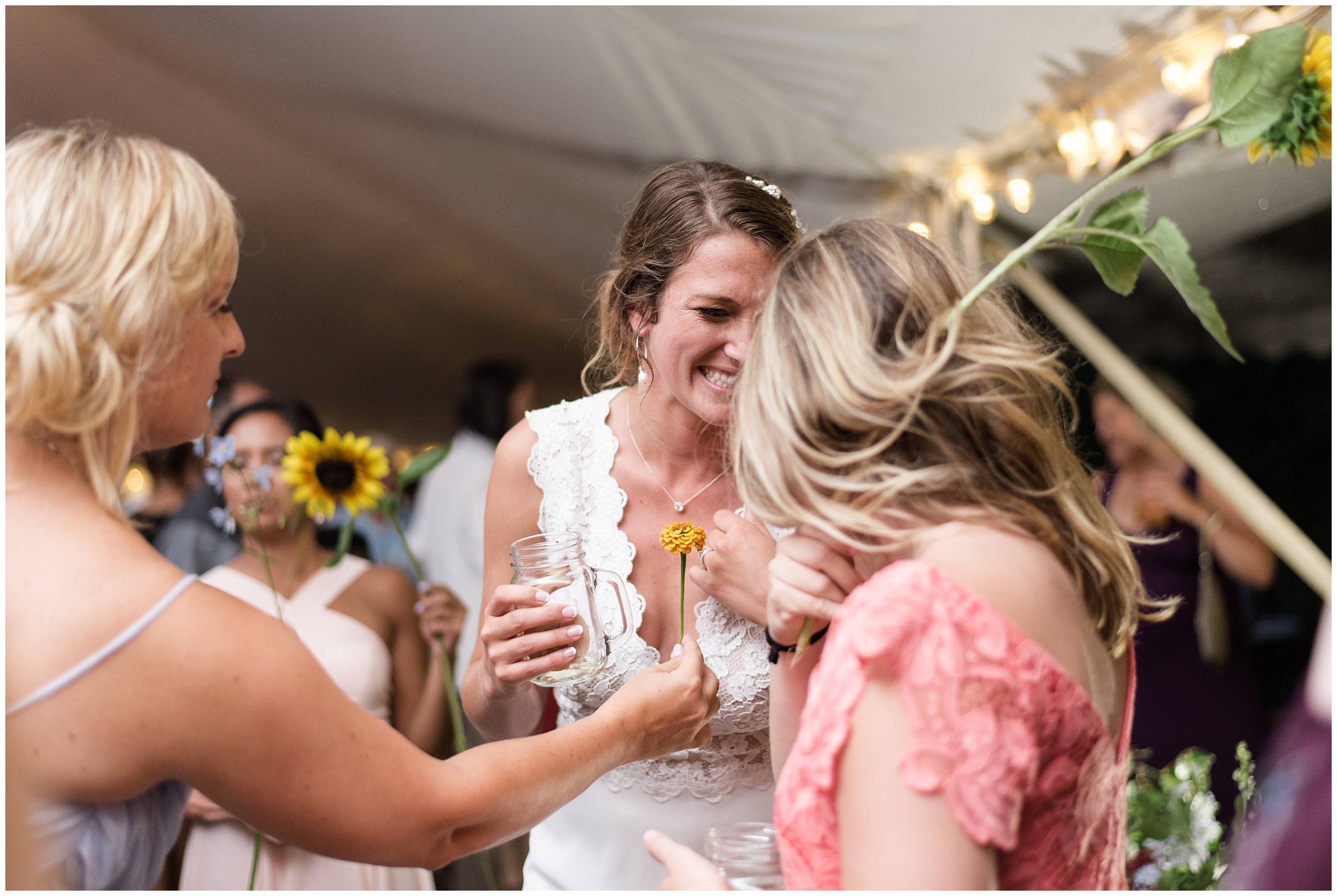Whimsical-Ethereal-July-Kalamazoo-Wedding-Bright-Airy-Documentary-Milwaukee-Photographer_0103.jpg