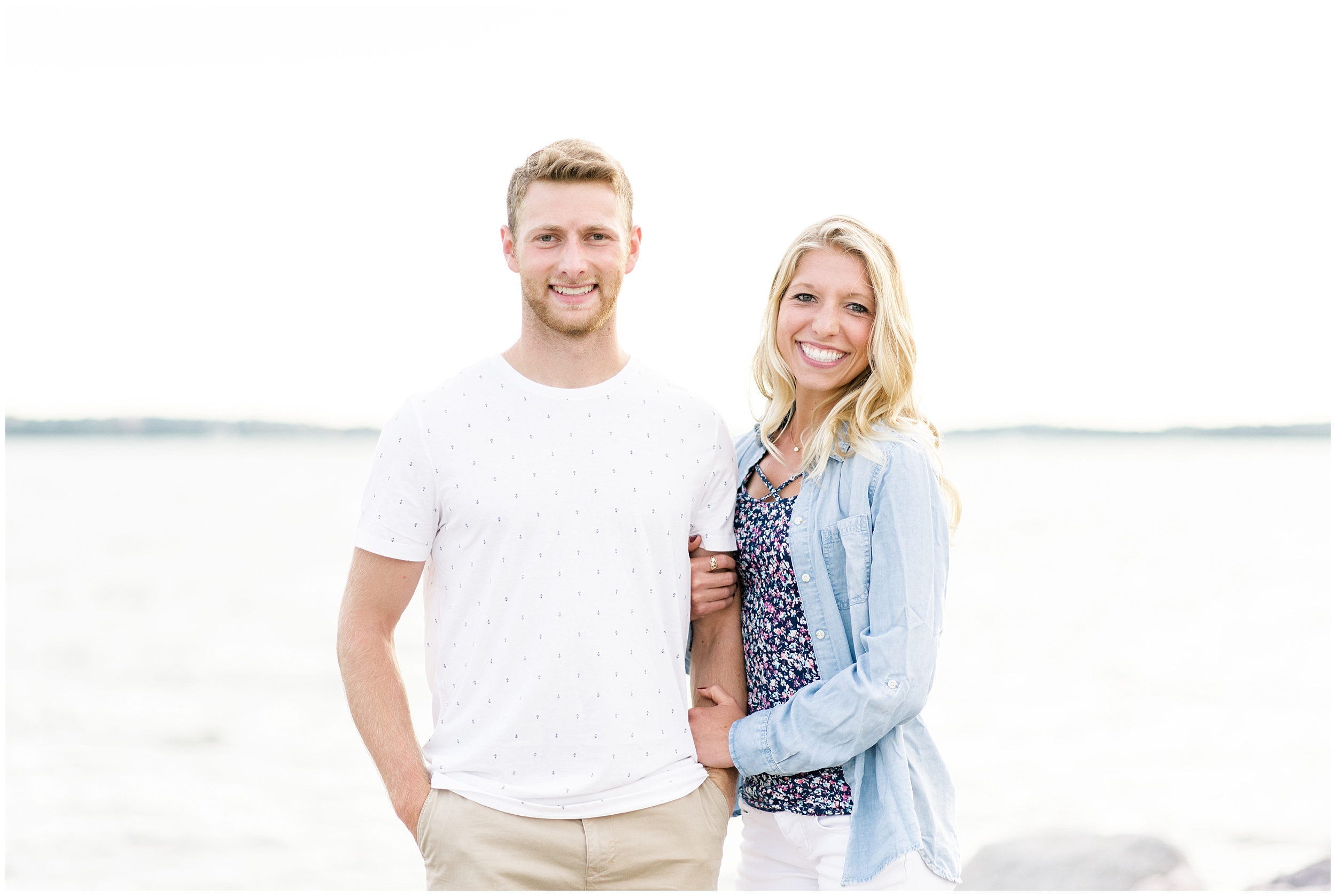 tenney-park-engagement-session-madison-wisconsin-bright-light-airy-wedding-photographer_0029.jpg