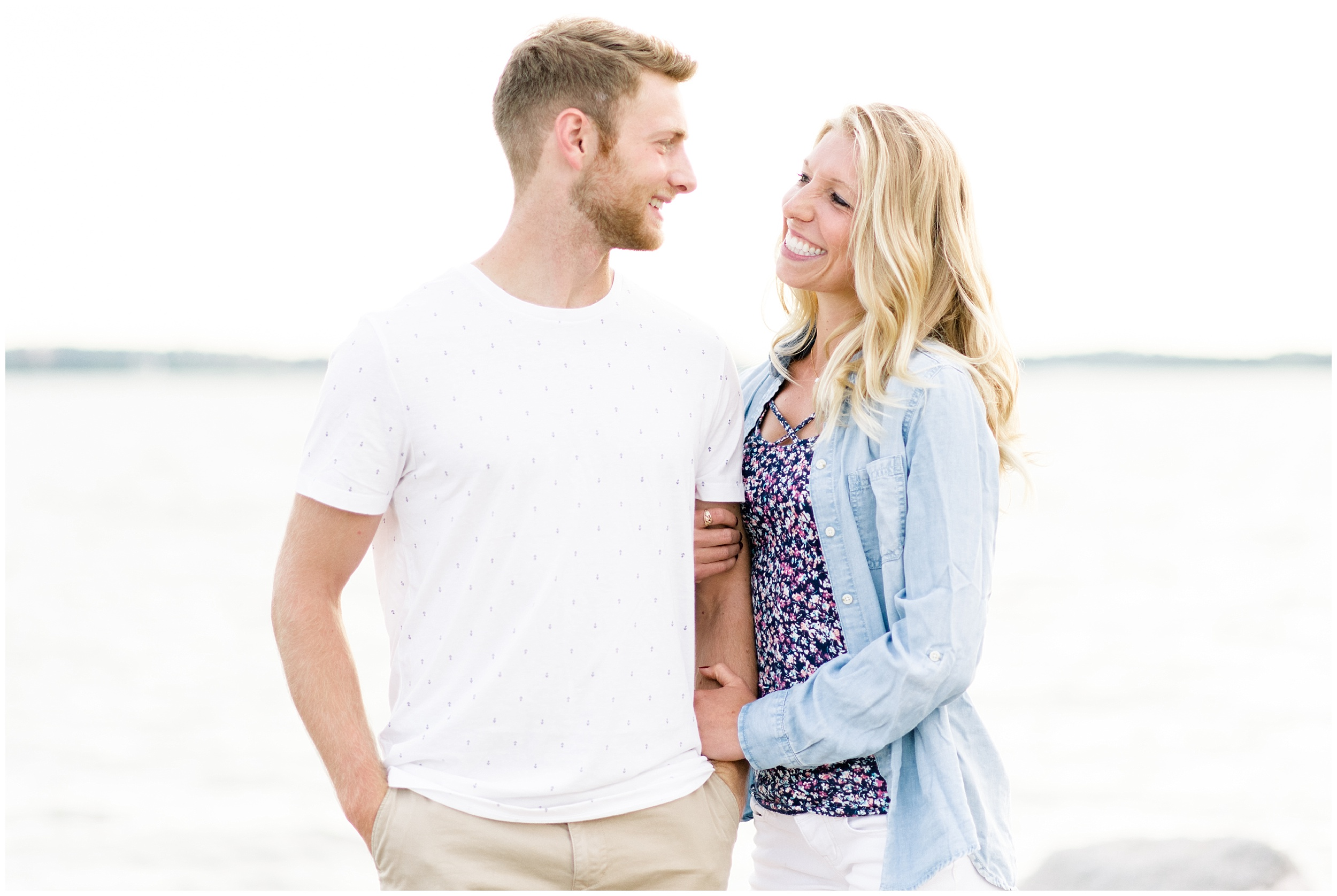 tenney-park-engagement-session-madison-wisconsin-bright-light-airy-wedding-photographer_0030.jpg