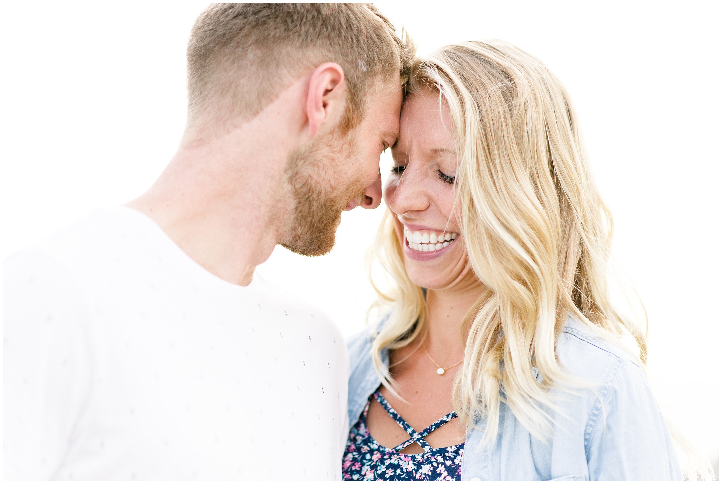 tenney-park-engagement-session-madison-wisconsin-bright-light-airy-wedding-photographer_0032.jpg