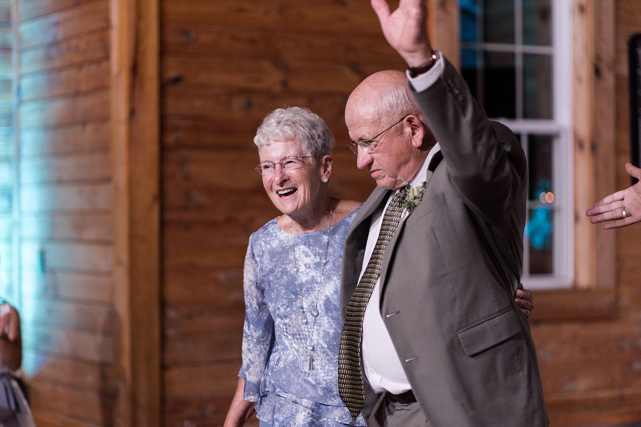 Cadillac-Michigan-wedding-caberfae-peaks-milwaukee-photographer_0107.jpg