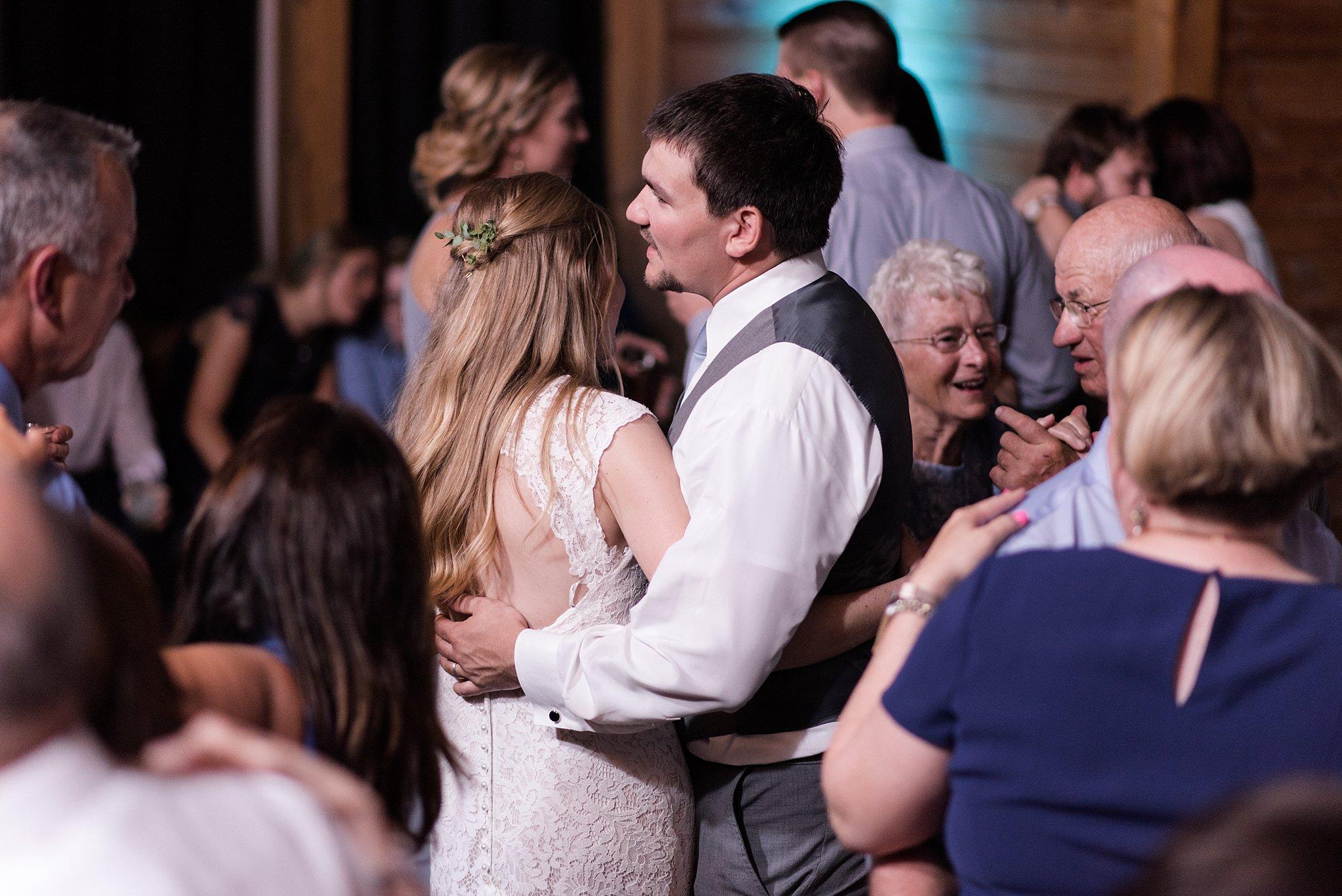 Cadillac-Michigan-wedding-caberfae-peaks-milwaukee-photographer_0109.jpg