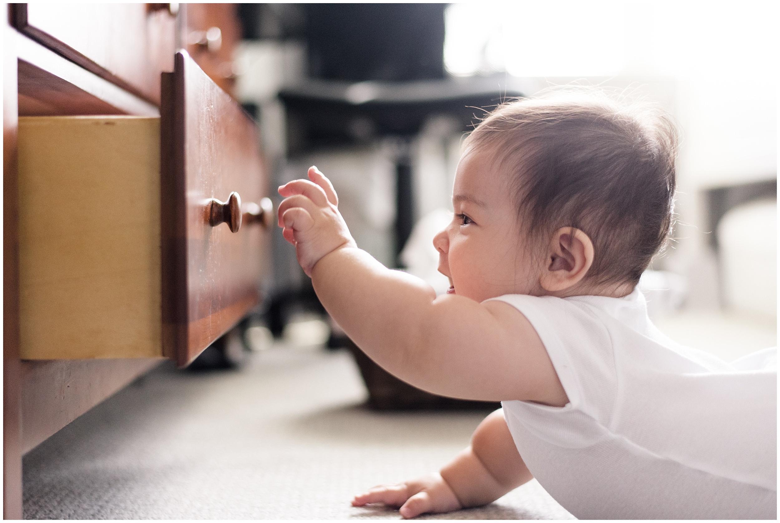 milwaukee-mom-photographer-9-month-old-photography_0001.jpg