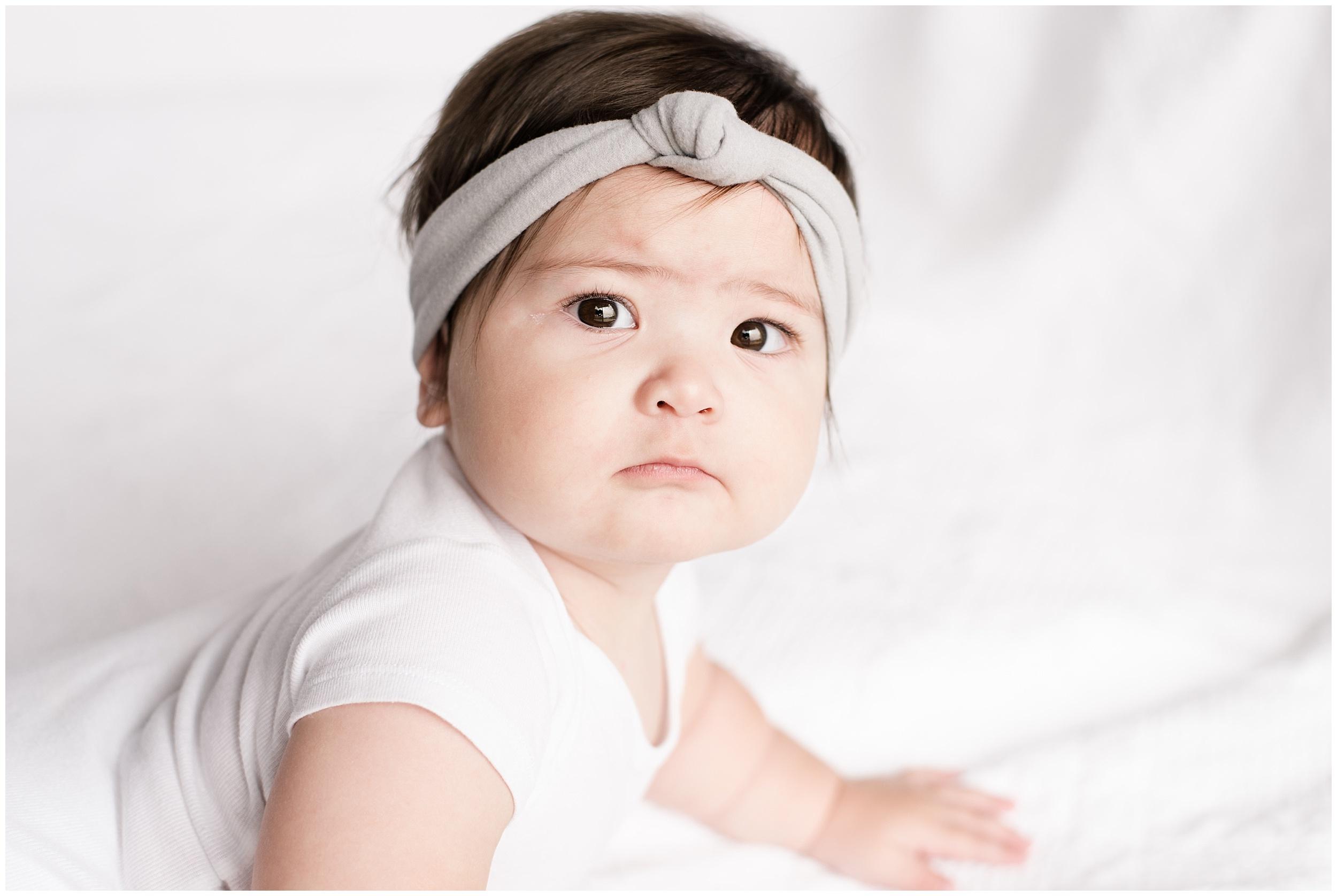 milwaukee-mom-photographer-9-month-old-photography_0030.jpg