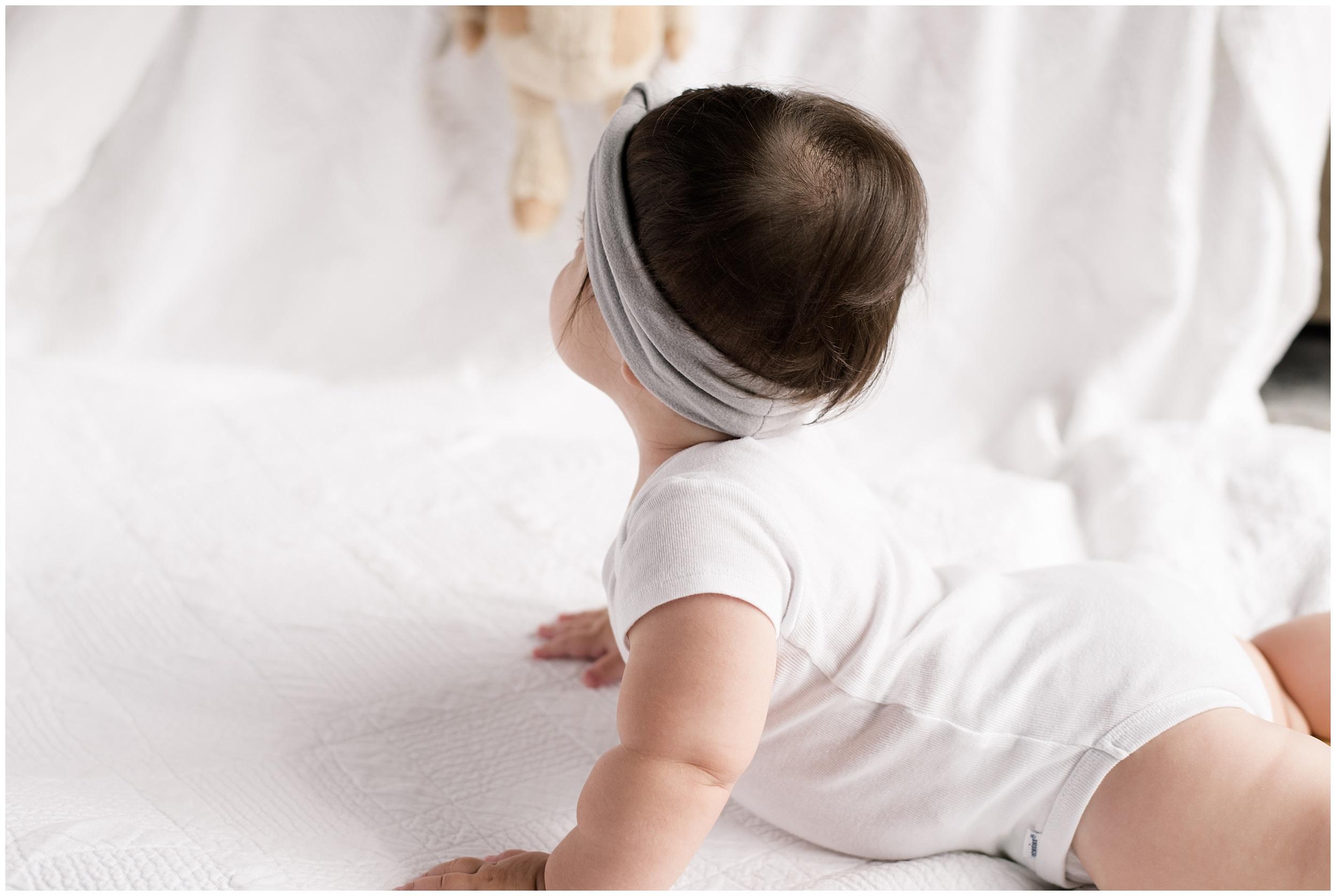 milwaukee-mom-photographer-9-month-old-photography_0031.jpg
