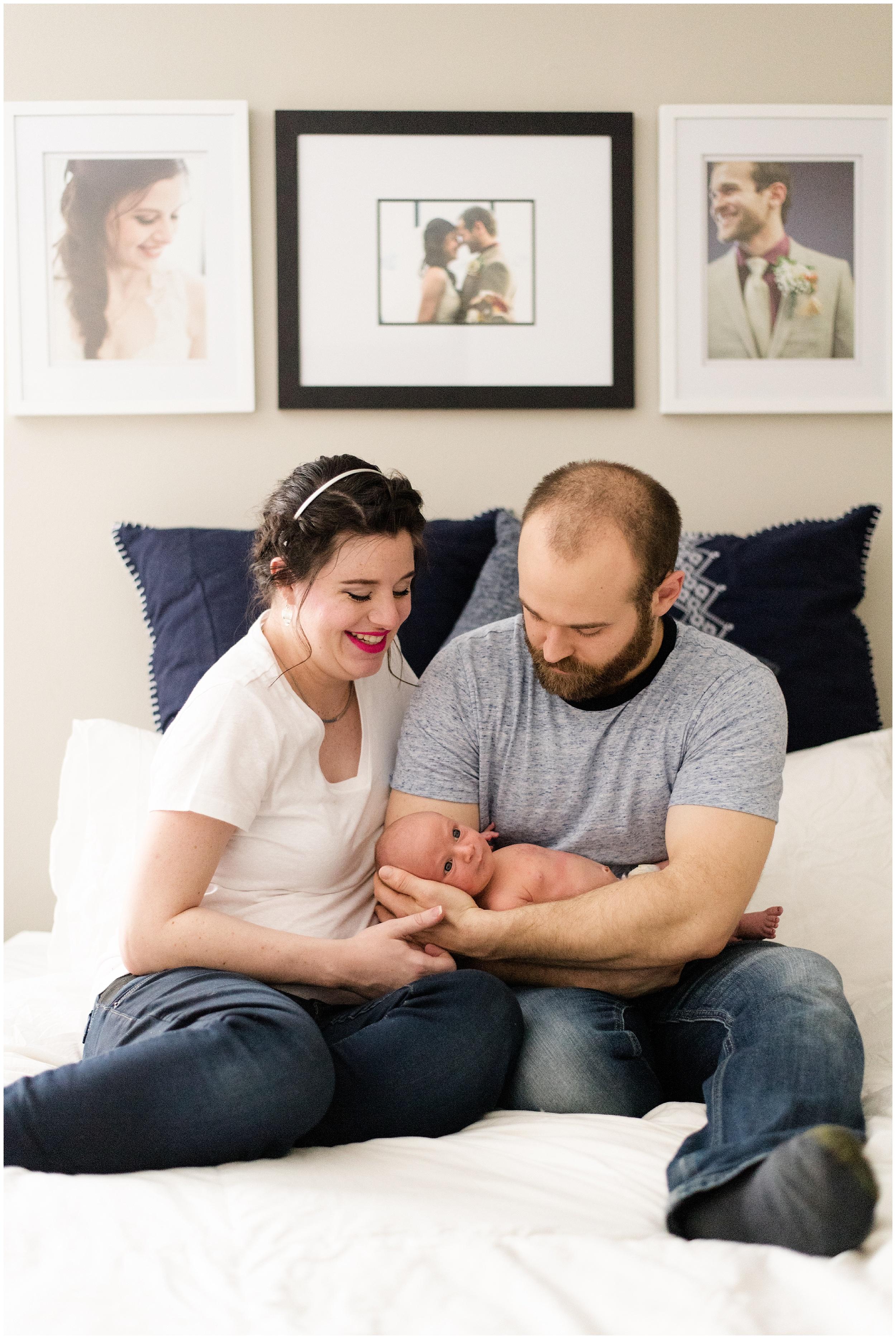 Milwaukee_Waukesha_Lifestyle_Newborn_Photography_birth_photographer_0032.jpg