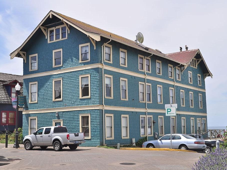 Sylvia Beach Hotel » Newport, OR
