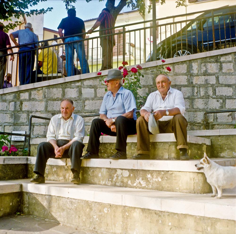 Old+Men+Square+in+Miranda.jpg