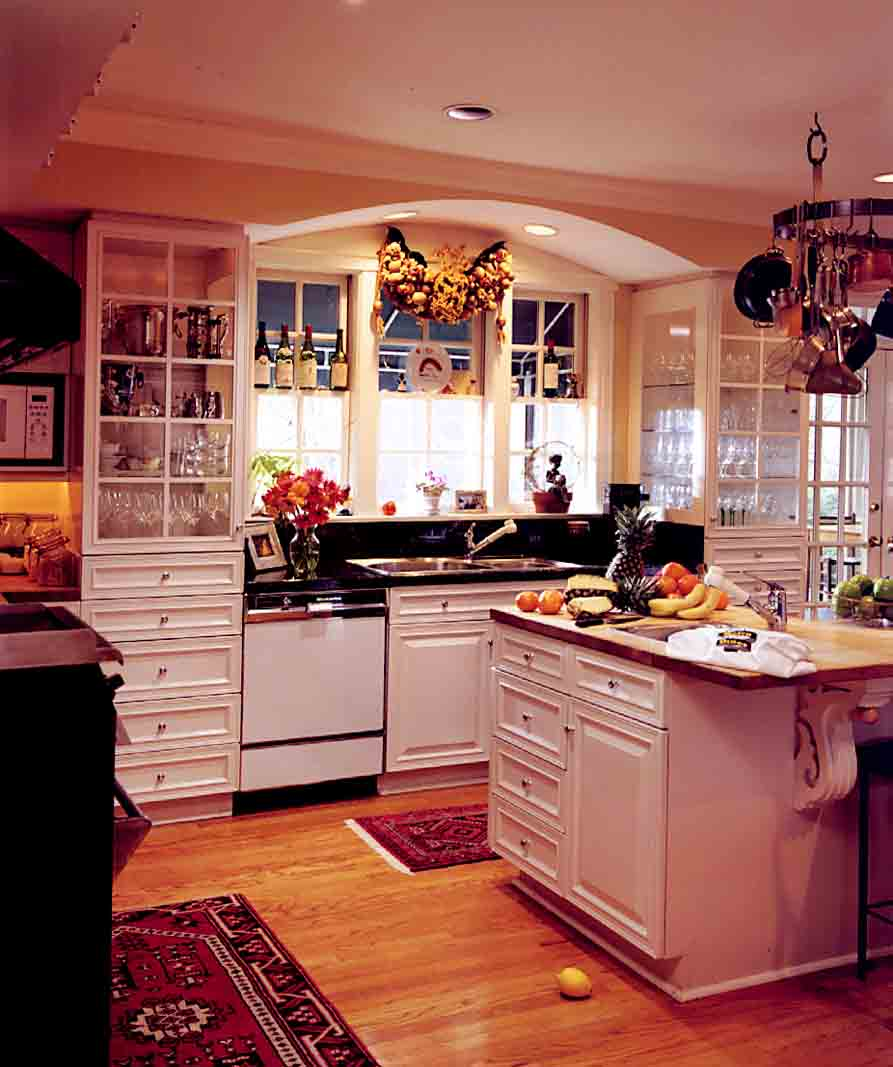 Hiltner gourmet kitchen copy.jpg