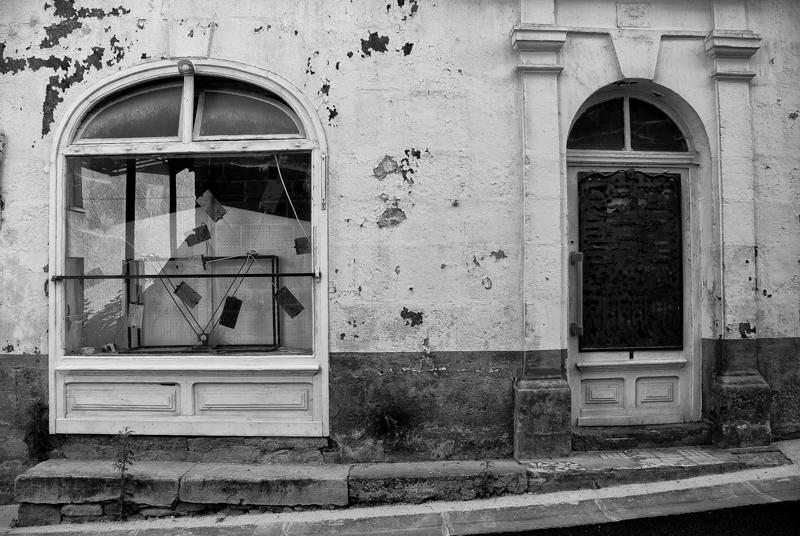 Viewfinder - tips vakantiefoto - vergane glorie - facades - uitstalramen - Stephan Vanfleteren - 6.jpg