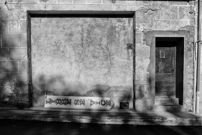 Viewfinder - tips vakantiefoto - vergane glorie - facades - uitstalramen - Stephan Vanfleteren - 7.jpg