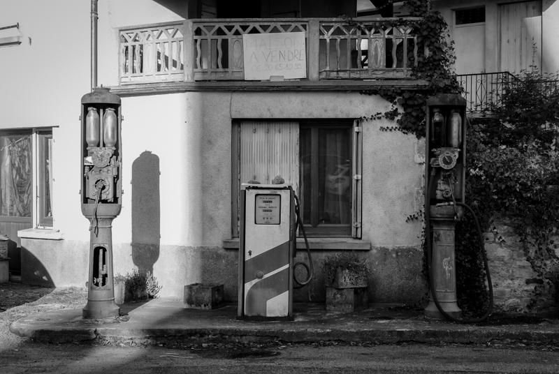 Viewfinder - tips vakantiefoto - vergane glorie - facades - uitstalramen - Stephan Vanfleteren - 9.jpg