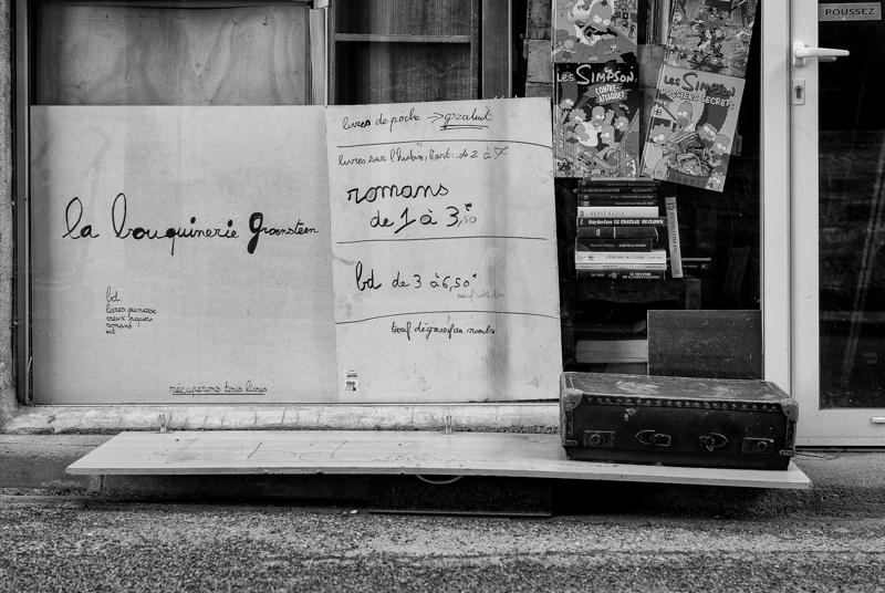 Viewfinder - tips vakantiefoto - vergane glorie - facades - uitstalramen - Stephan Vanfleteren - 10.jpg