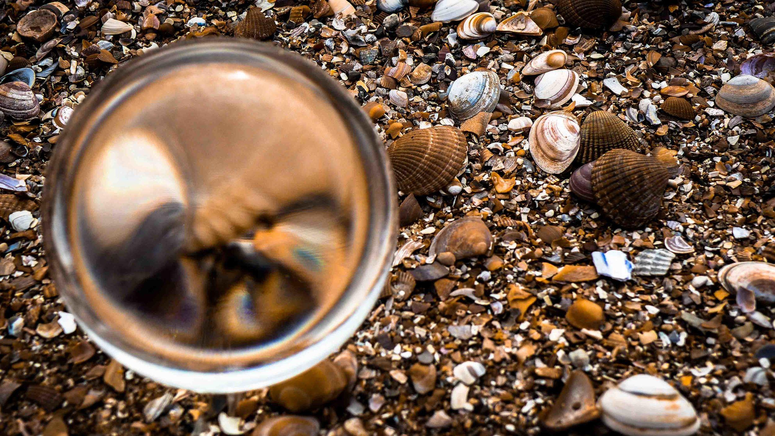 Viewfinder-kristallen-bol-eigenzinnige-fotografie-strand-golfbreker-9