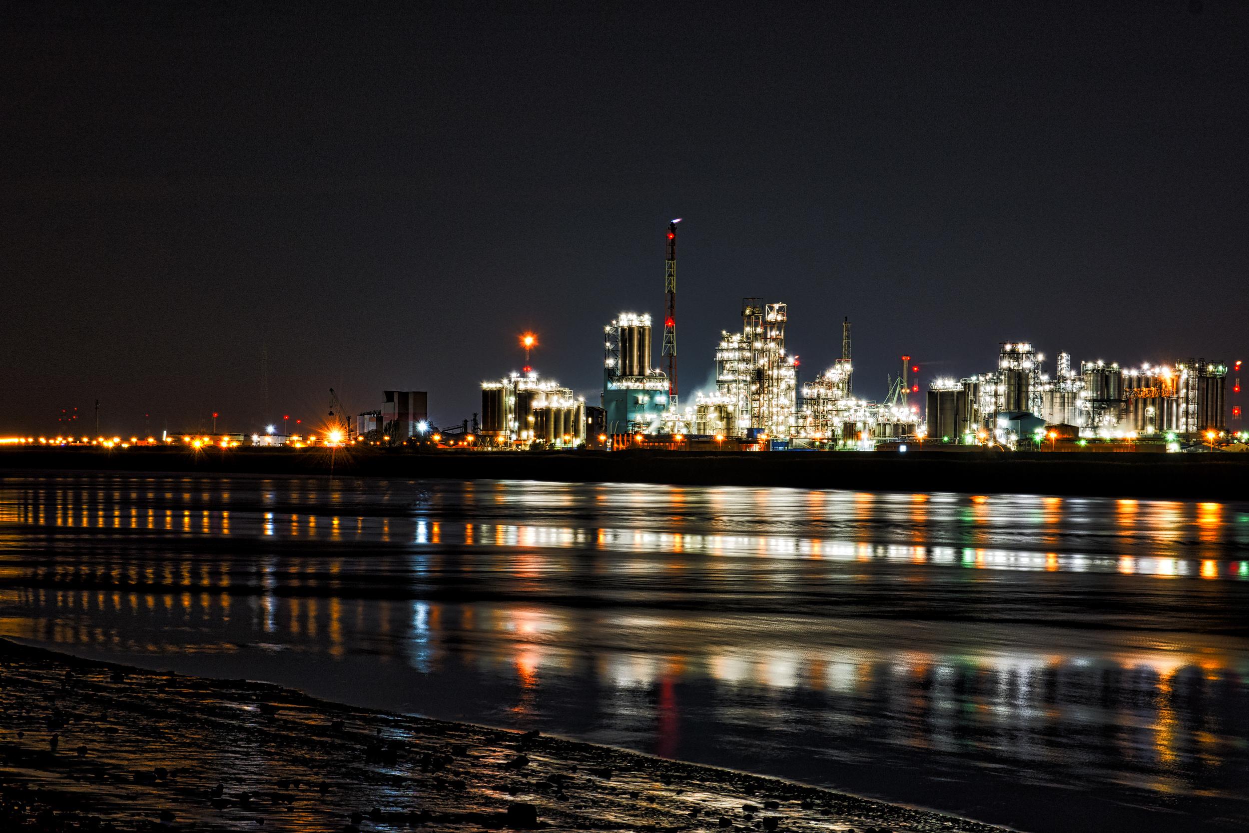 Dezelfde haven van Antwerpen met ISO 320 - 52mm - 11 sec - f8