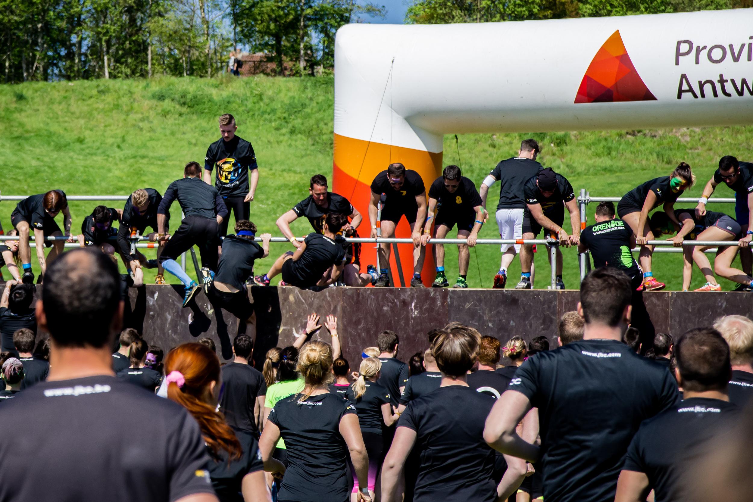 Viewfinder-Spartacus-Run-Boom-2016-samen-elkaar-helpen