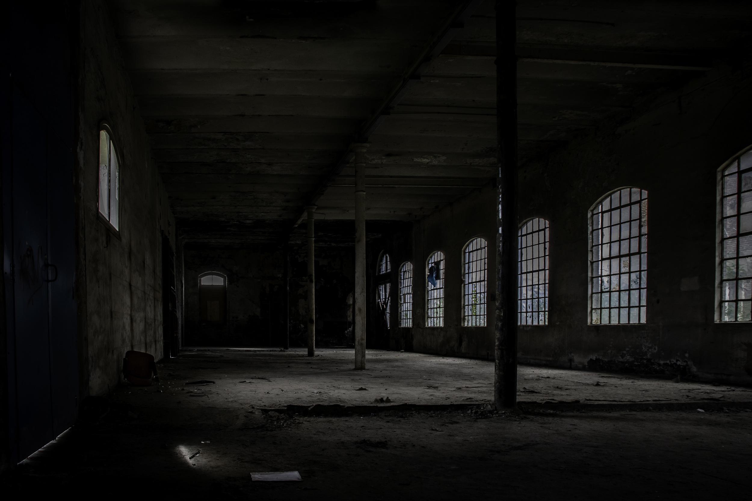 viewfinder-eigenzinnigie-fotografie-urbex-vergane-glorie-oude-papierfabriek-opslagplaats