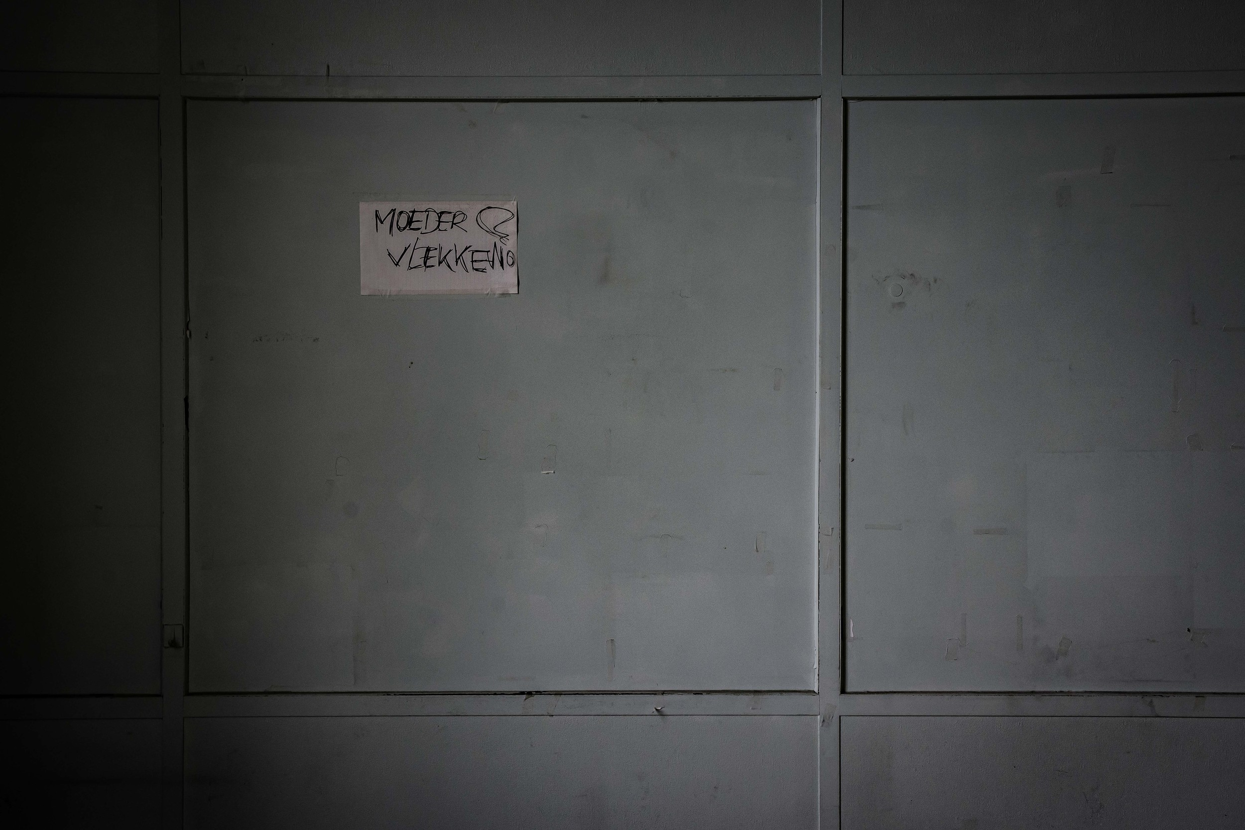 viewfinder-eigenzinnige-fotografie-urbex-vergane-glorie-oude-papierfabriek-moedervlekken