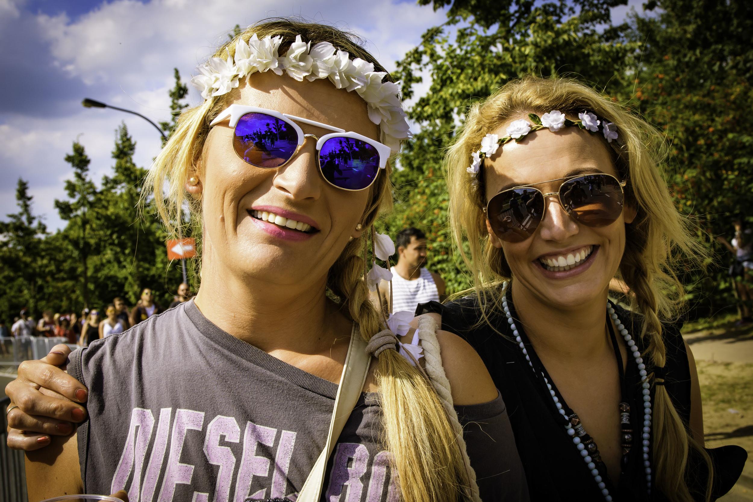 viewfinder-geen-eigenzinnige-fotografie-wel-snapshots-tomorrowland-themadness-2016-flowergirls-kom-ik-op-porno-site-wtf