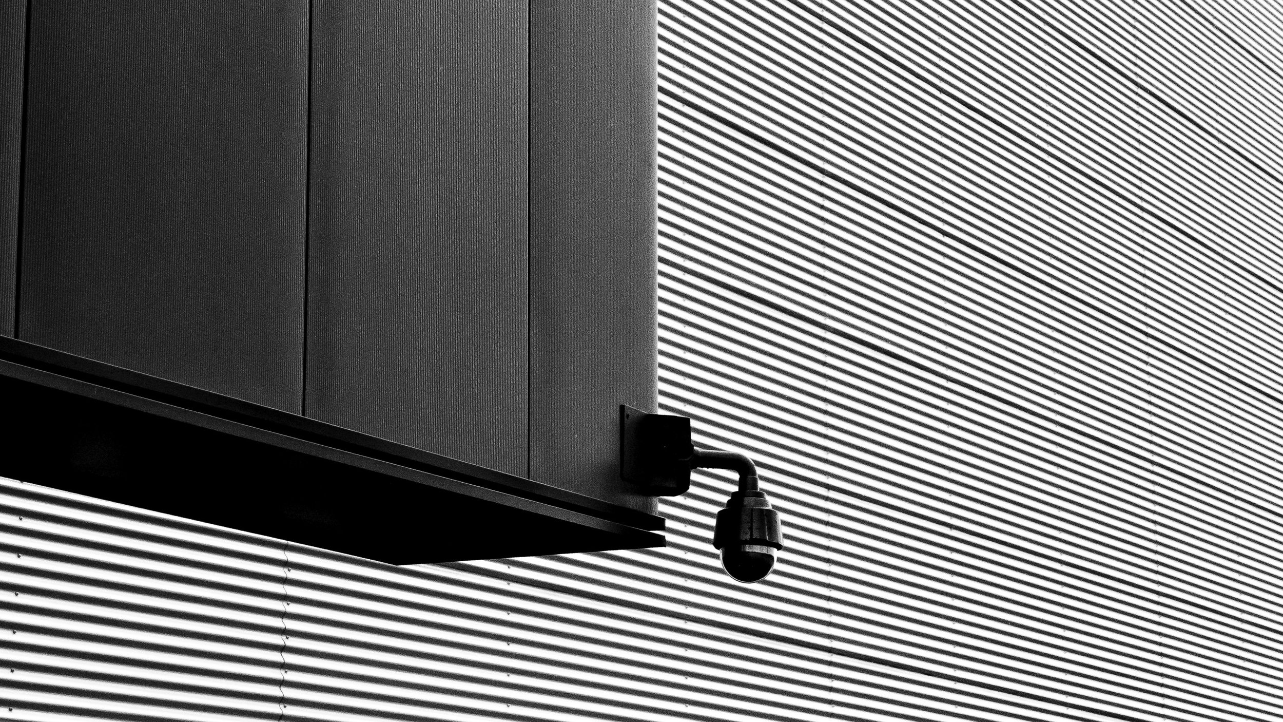 viewfinder-eigenzinnige-fotografie-lijnen-vormen-minimalisme-parking-2
