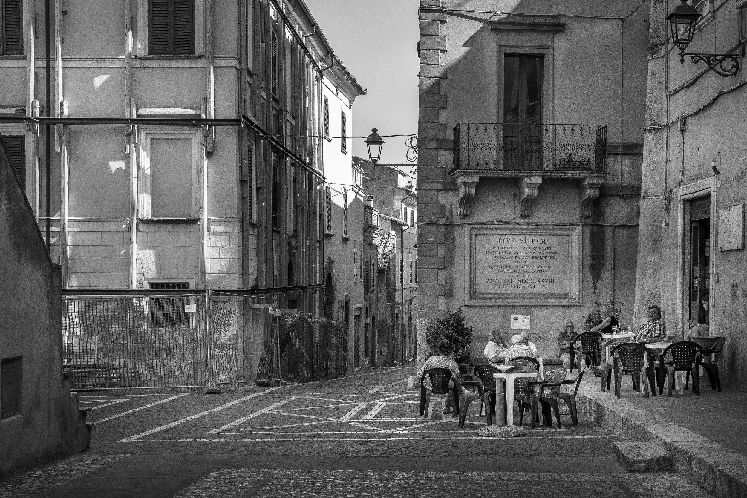 viewfinder-straatfotografie-oude-mannen-collevecchio