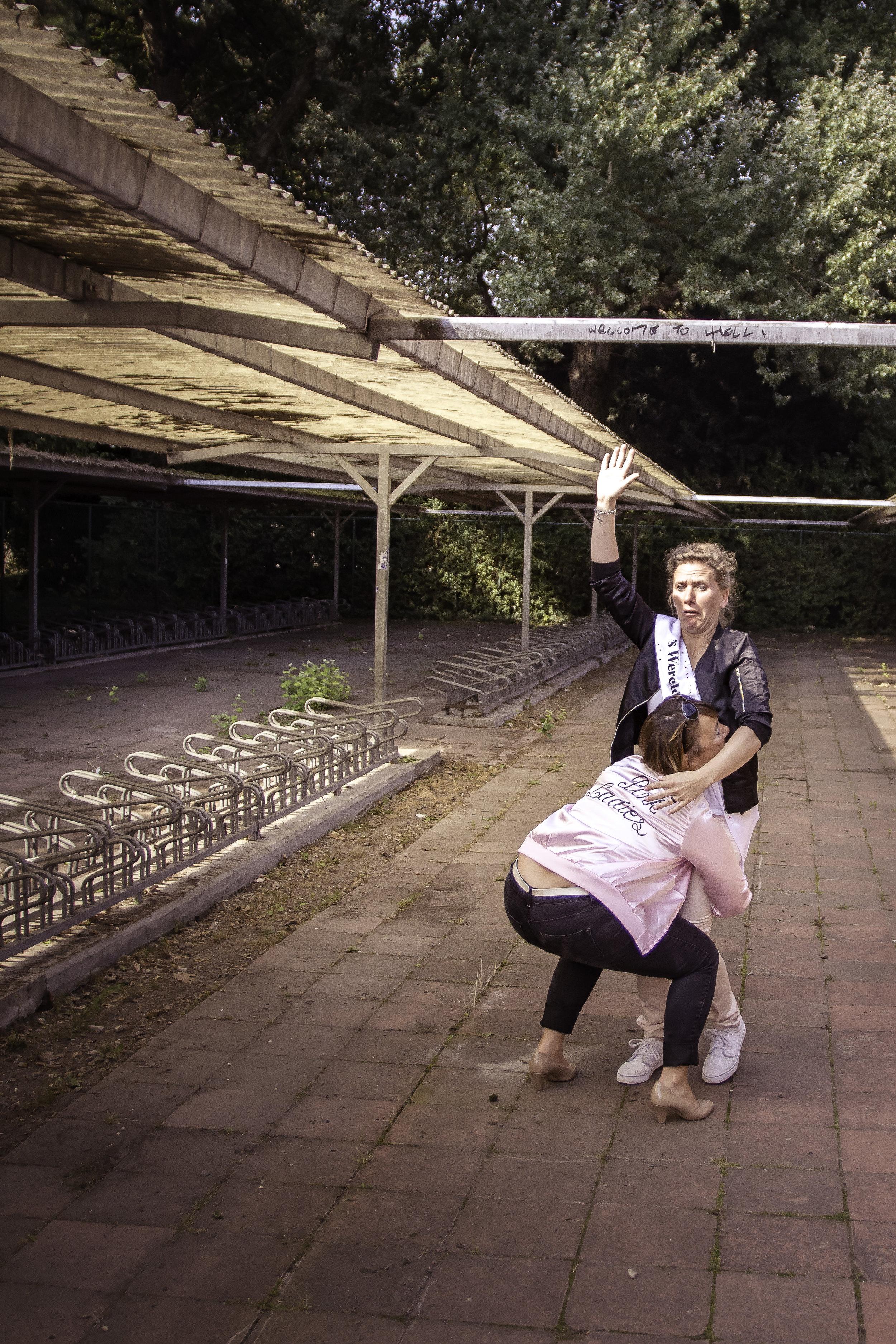 viewfinder-creativeboody-fotoshoot-vrijgezellen-eveline-thema-grease-38.jpg