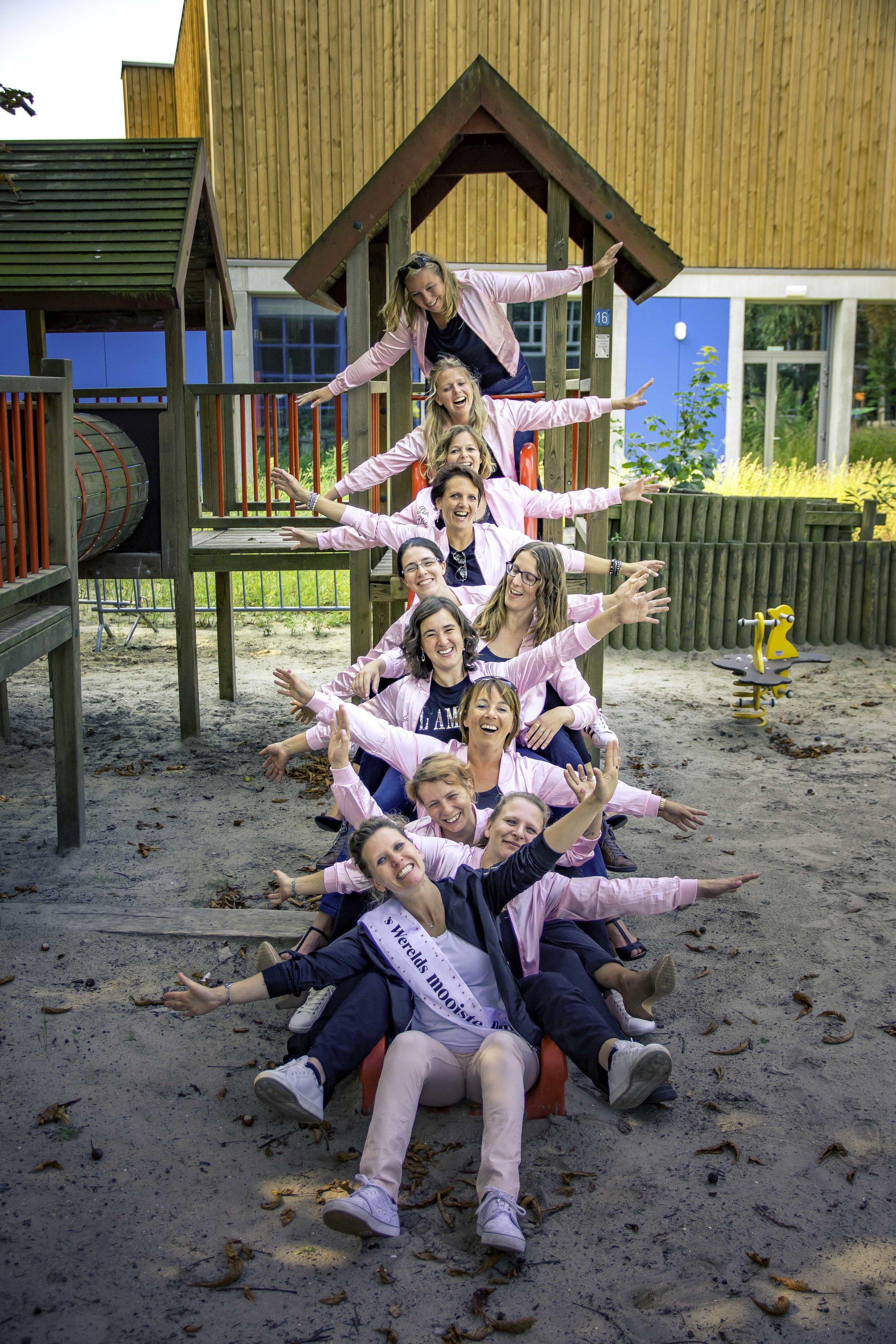 viewfinder-creativeboody-fotoshoot-vrijgezellen-eveline-thema-grease-64.jpg