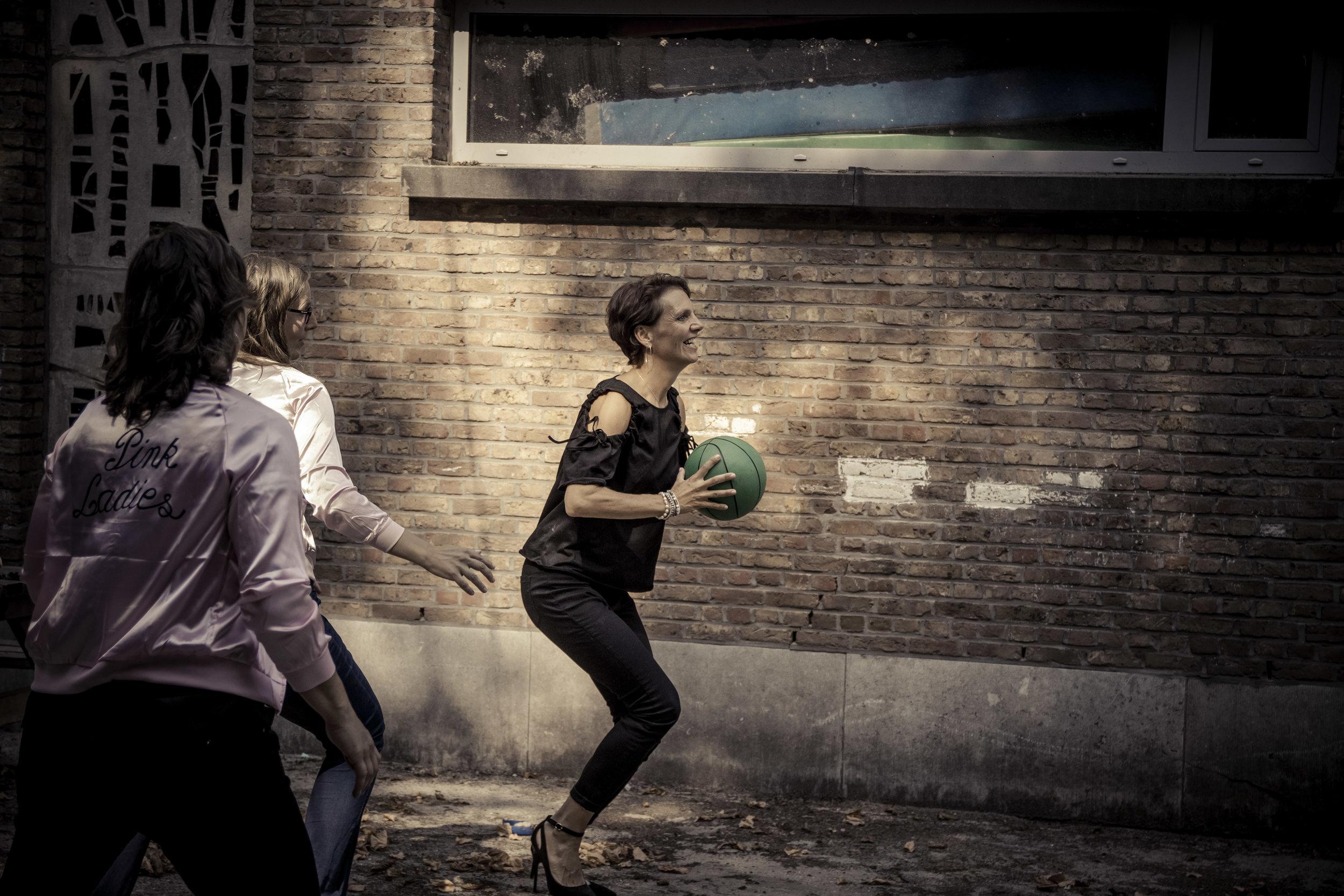 viewfinder-creativeboody-fotoshoot-vrijgezellen-eveline-thema-grease-84.jpg